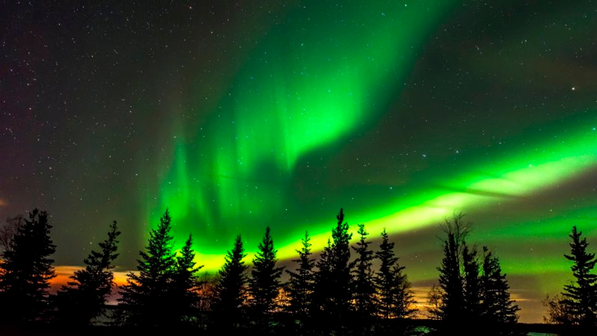 Northern Lights at Fort McMurray 2020
