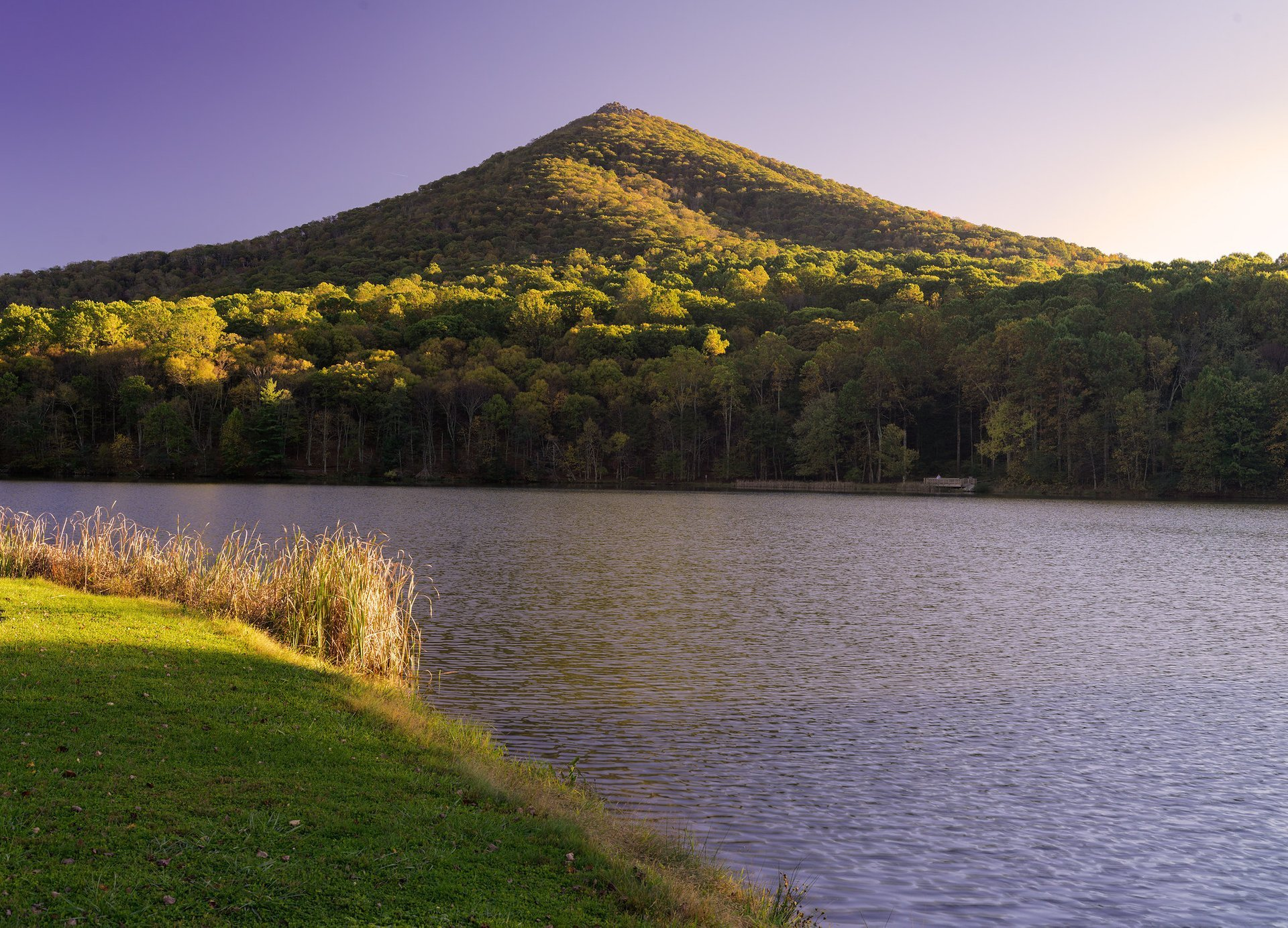 Best time to see Sharp Top Mountain in Virginia 2020