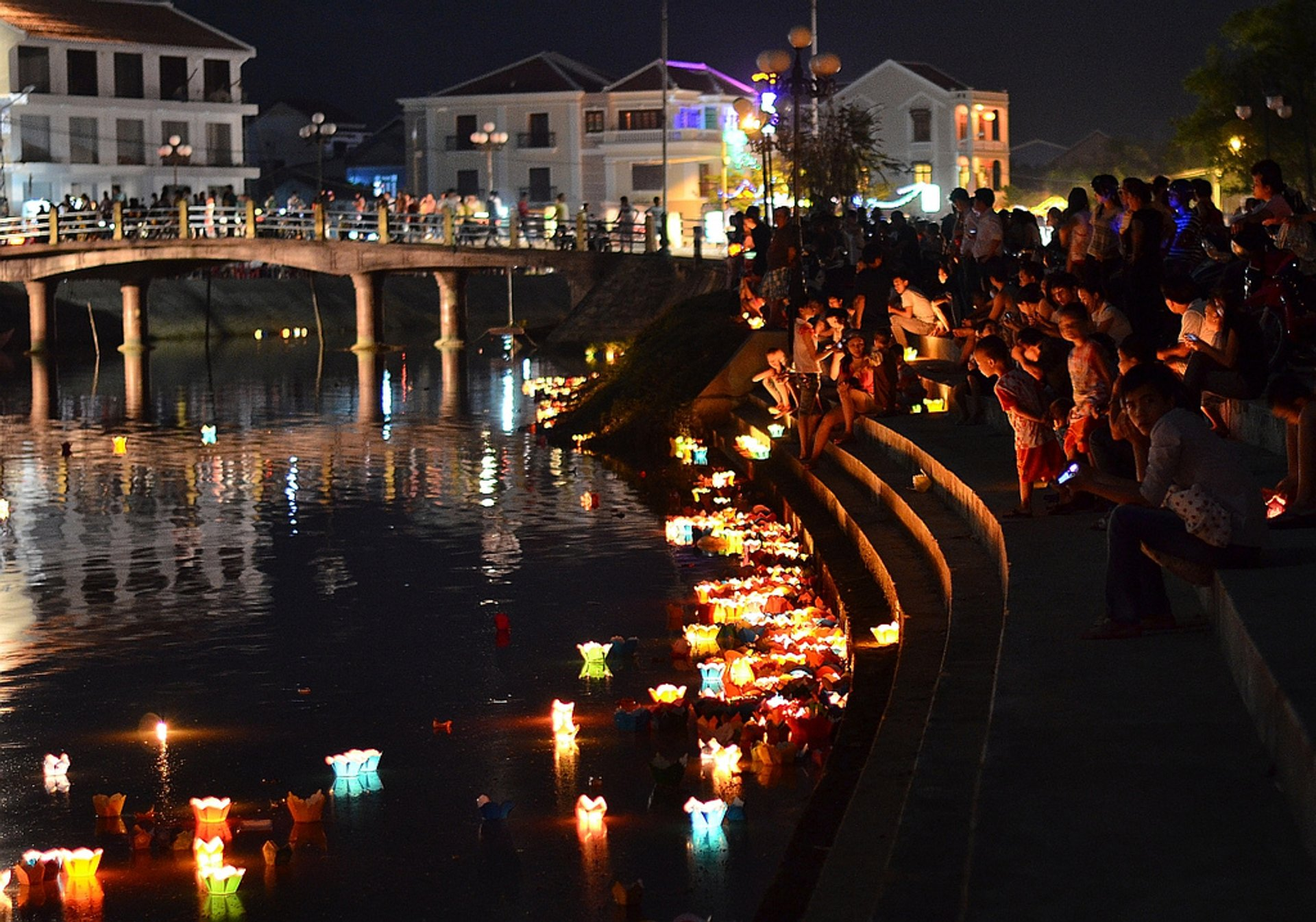 Hoi An Lantern Full Moon Festival in Vietnam 2020 - Best Time