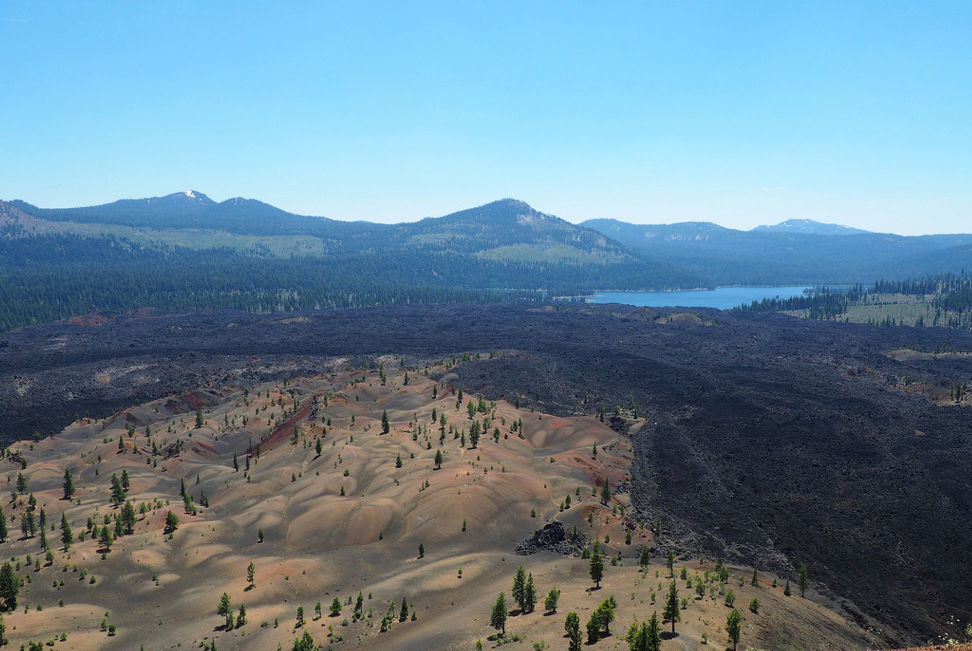 Best time to see Painted Dunes in Lassen Volcanic National Park in California 2019