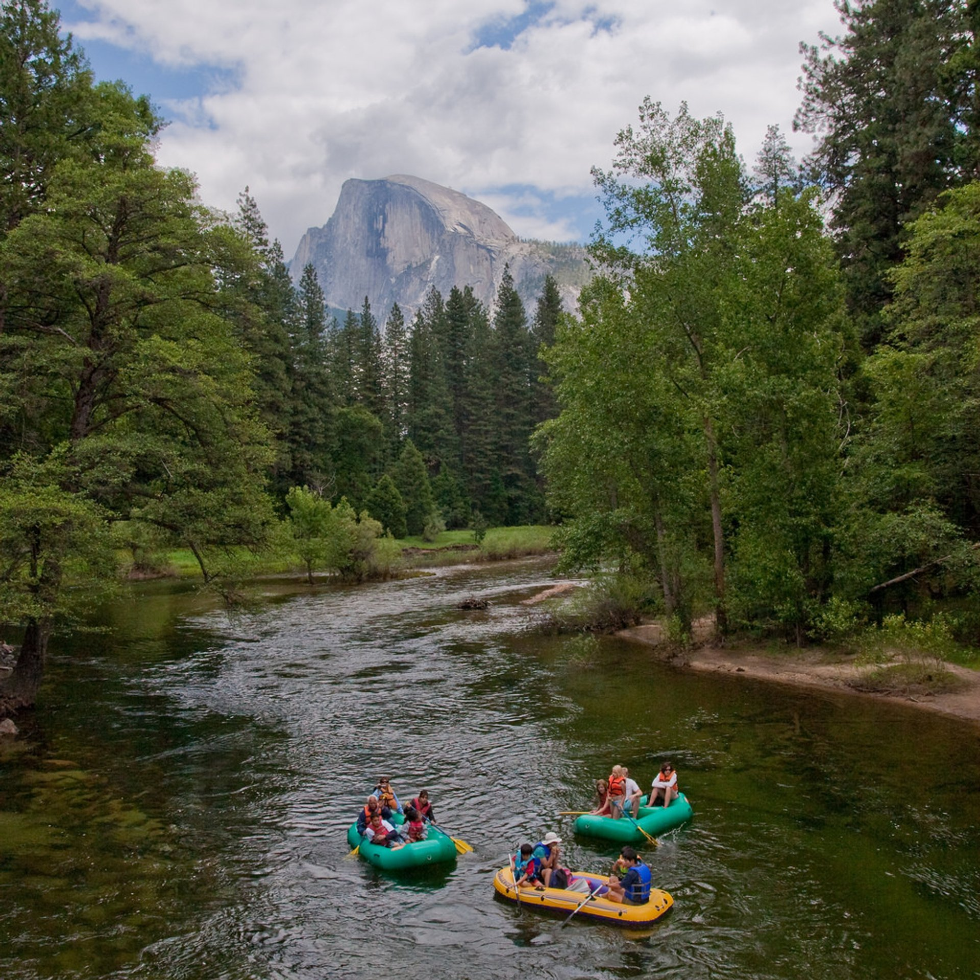 Rafting Along the Merced River in Yosemite - Best Season 2020