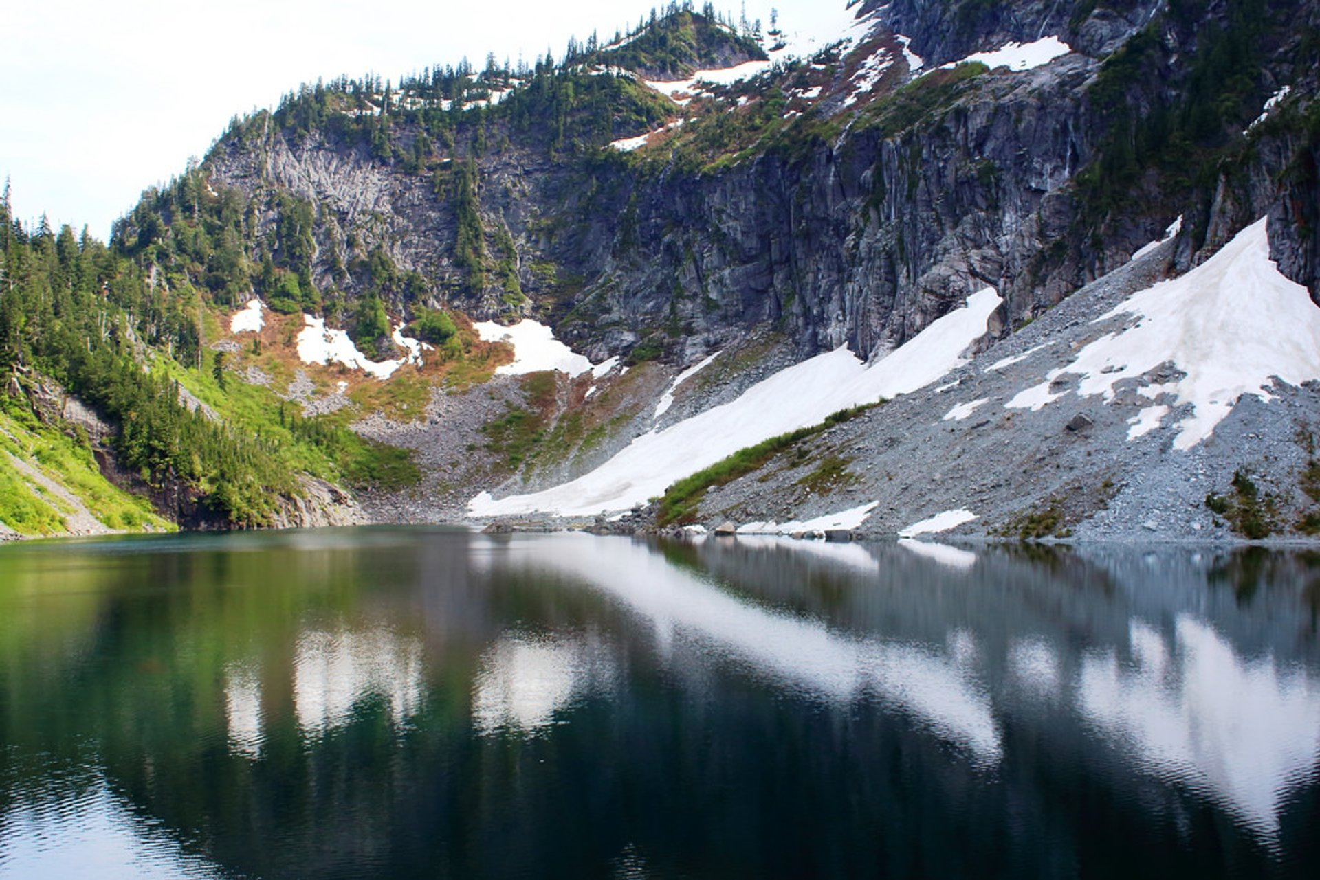 Lake Serene & Bridal Veil Falls in Seattle 2019 - Best Time