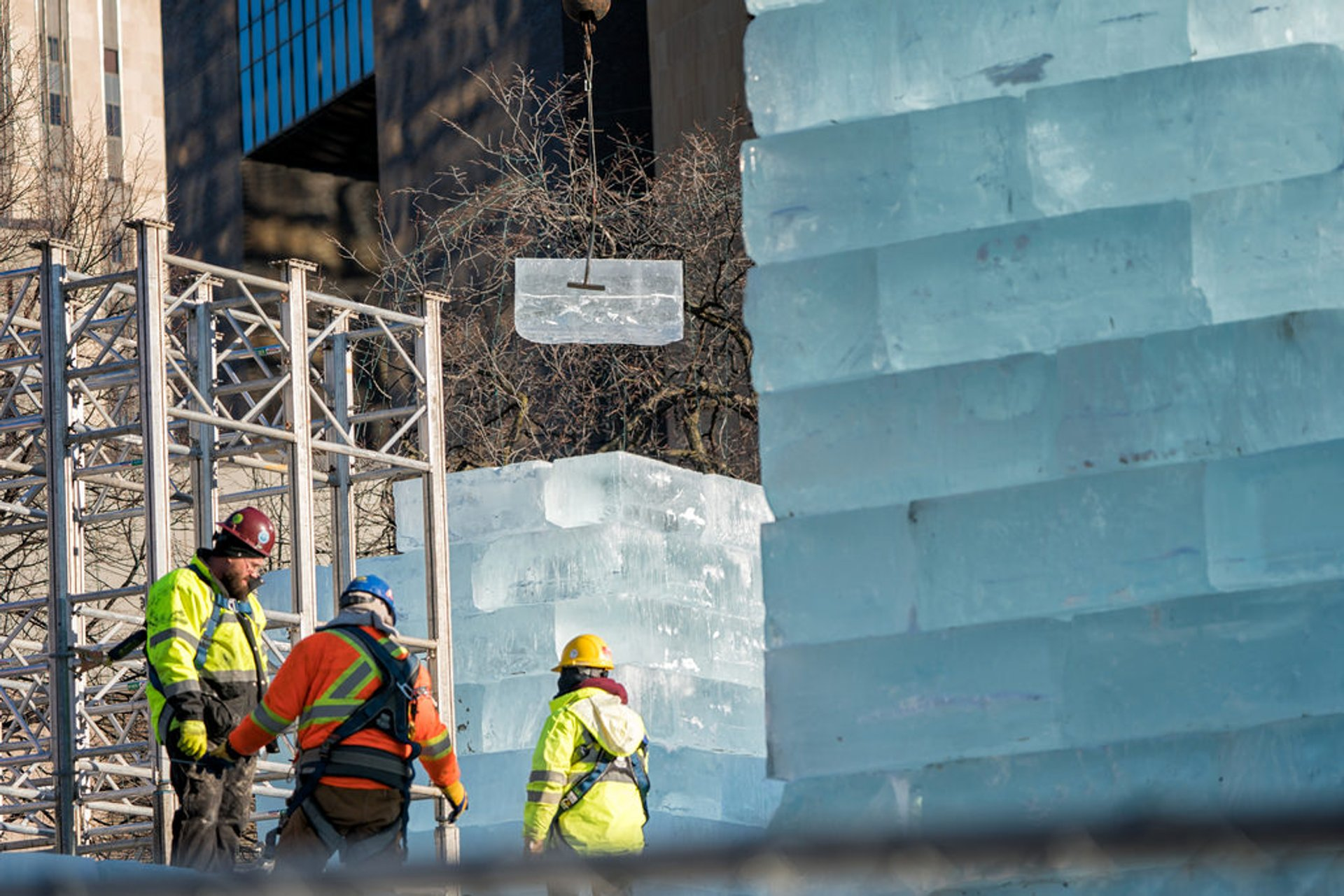 Construction of the Ice Palace for the Winter Carnival 2020