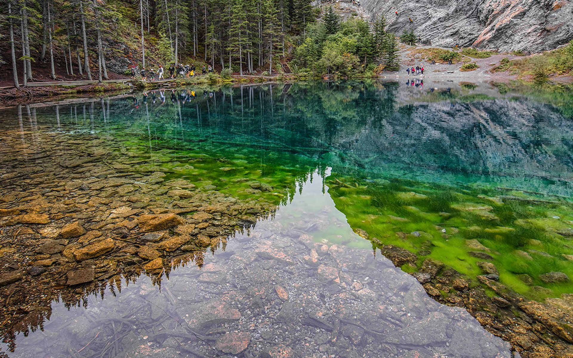 Grassi Lakes in Banff & Jasper National Parks - Best Season 2020