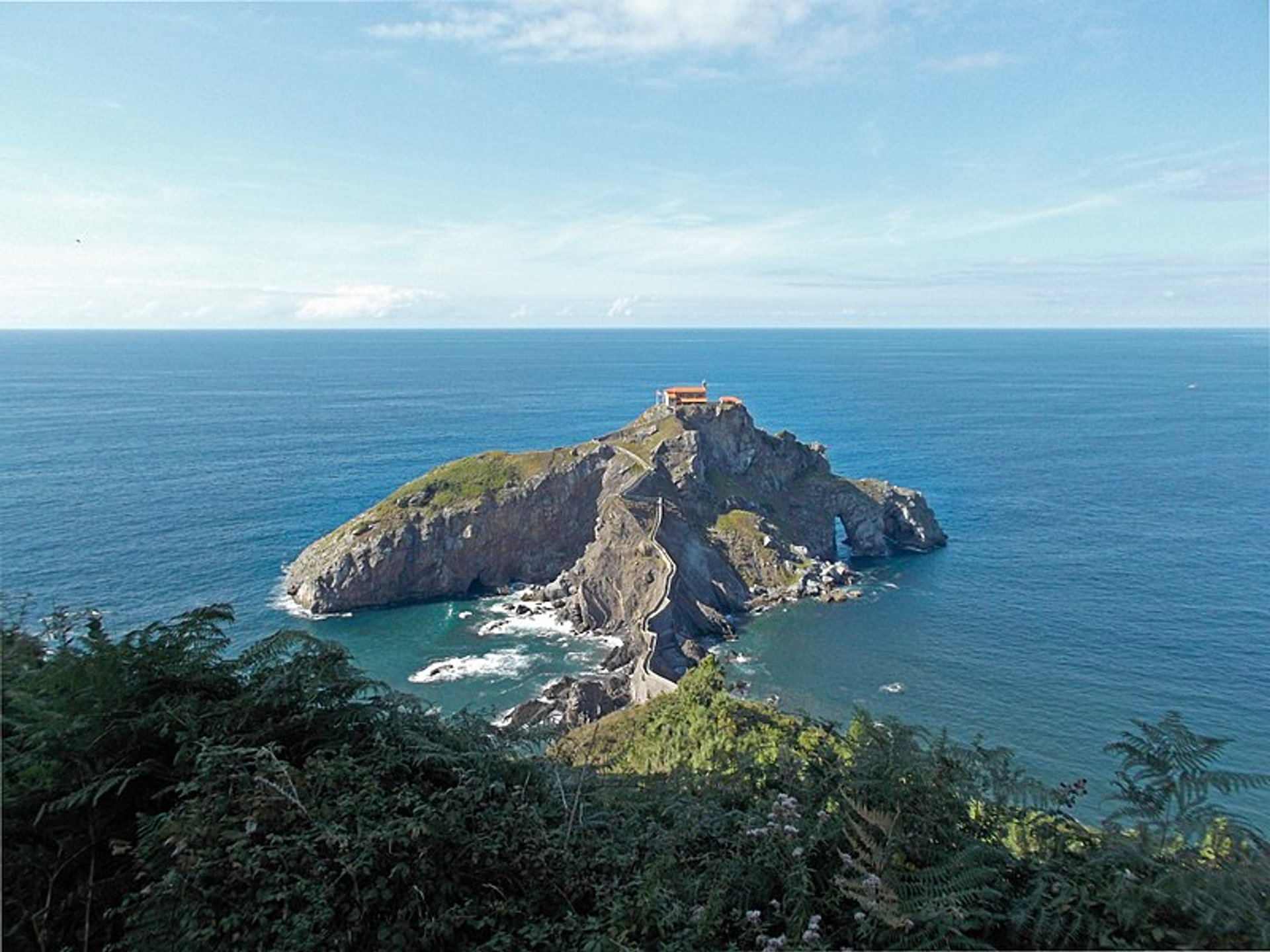 Best time for Gaztelugatxe in Basque Country