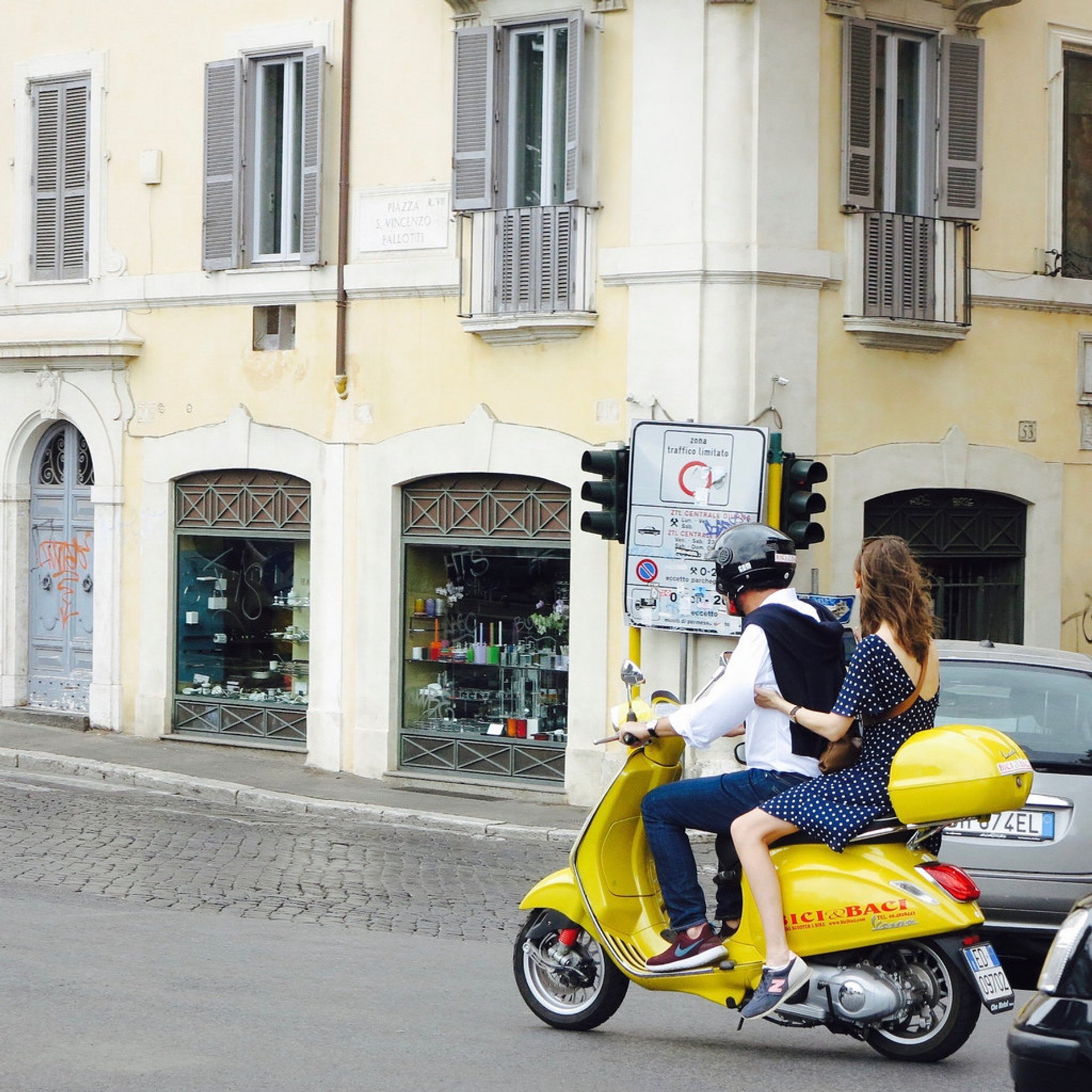 Best time for Vespa Scooter Tours in Rome 2020