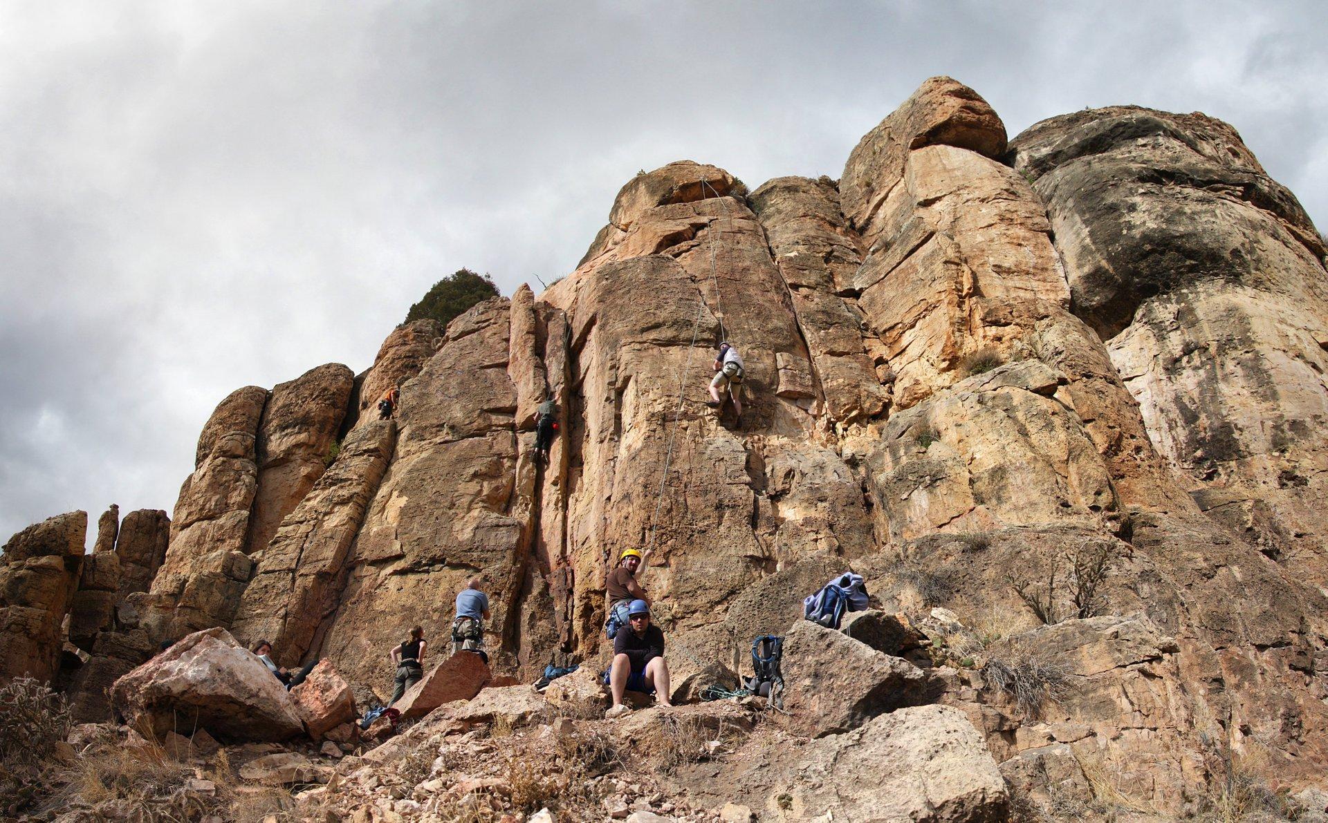 Shelf Road Rock Climbing in Colorado - Best Season 2020