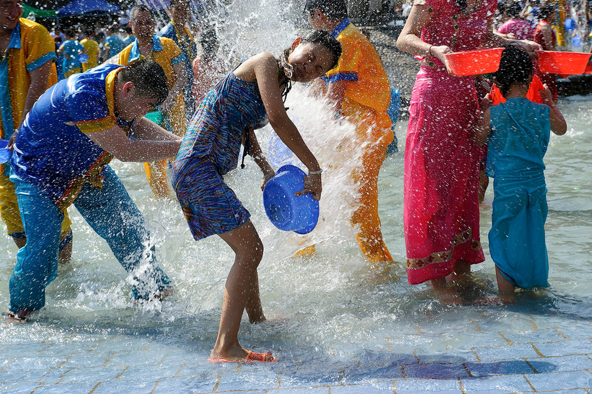 Best time for Dai Water Splashing Festival in China 2019
