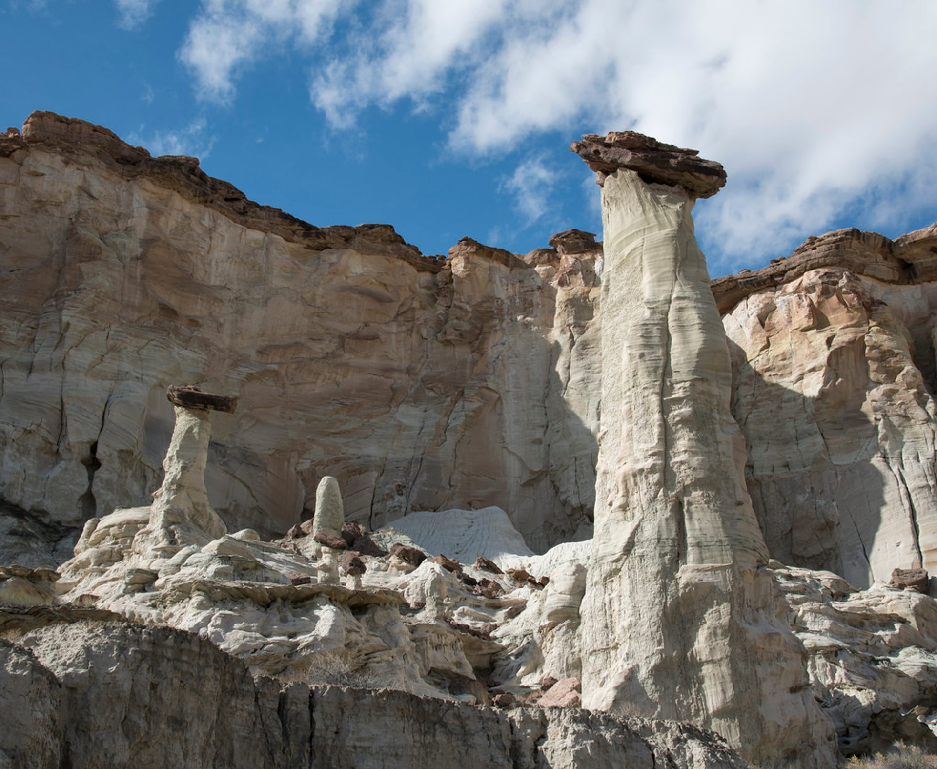 Best time to see Wahweap Hoodoos Trail in Utah 2020