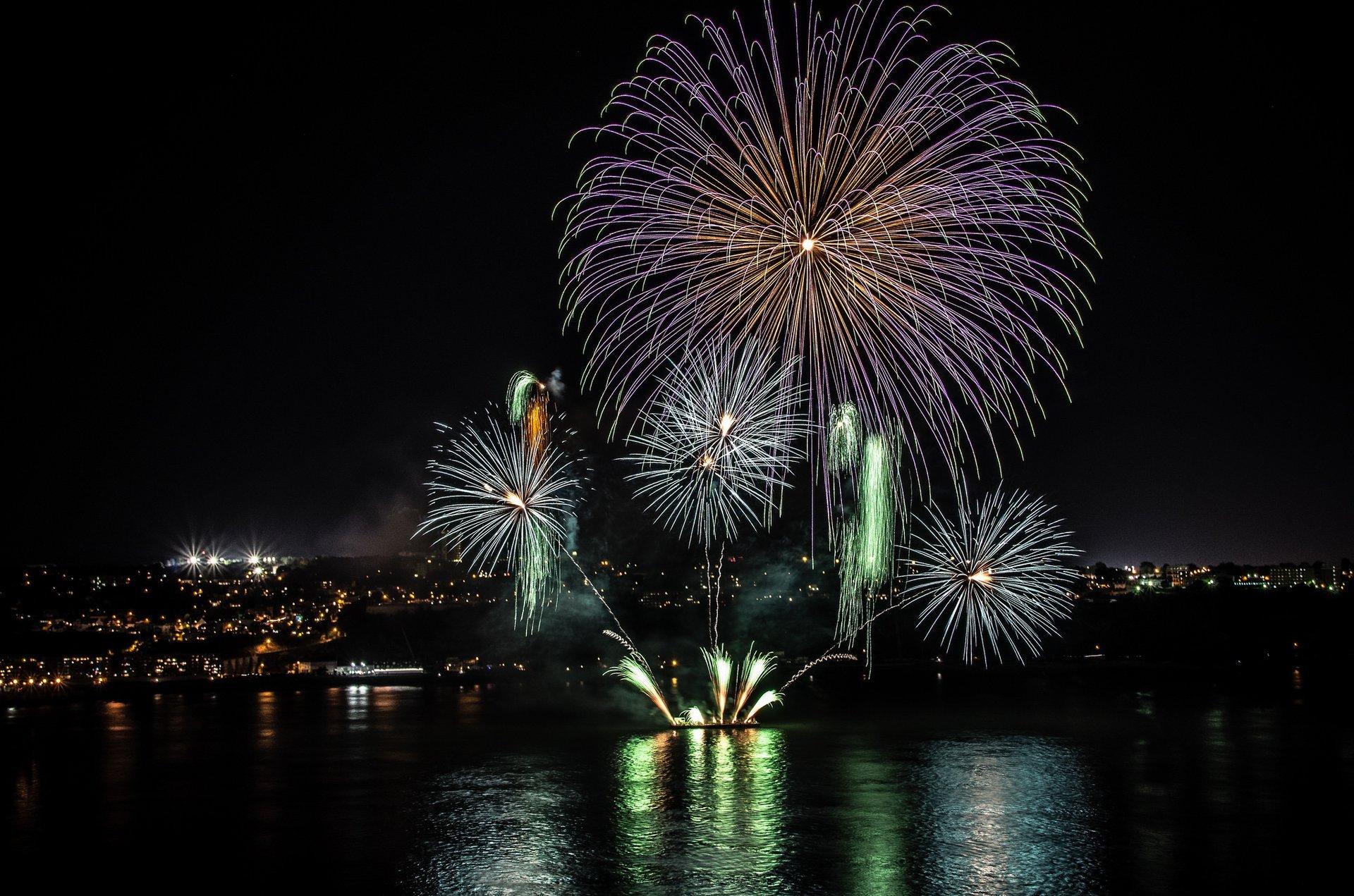 Les Grands Feux Loto-Québec (Fireworks Festival) in Quebec - Best Season 2020