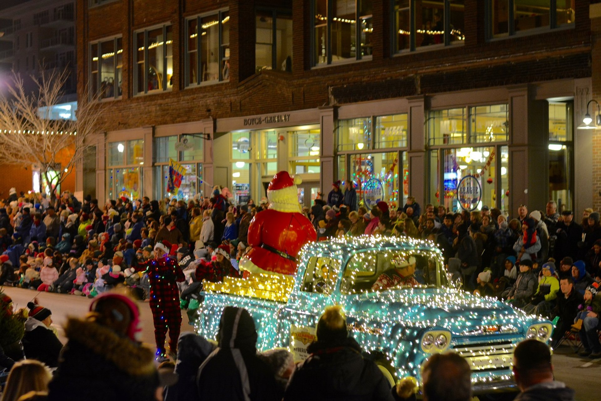 Sioux Falls Parade of Lights in South Dakota 2020 - Best Time