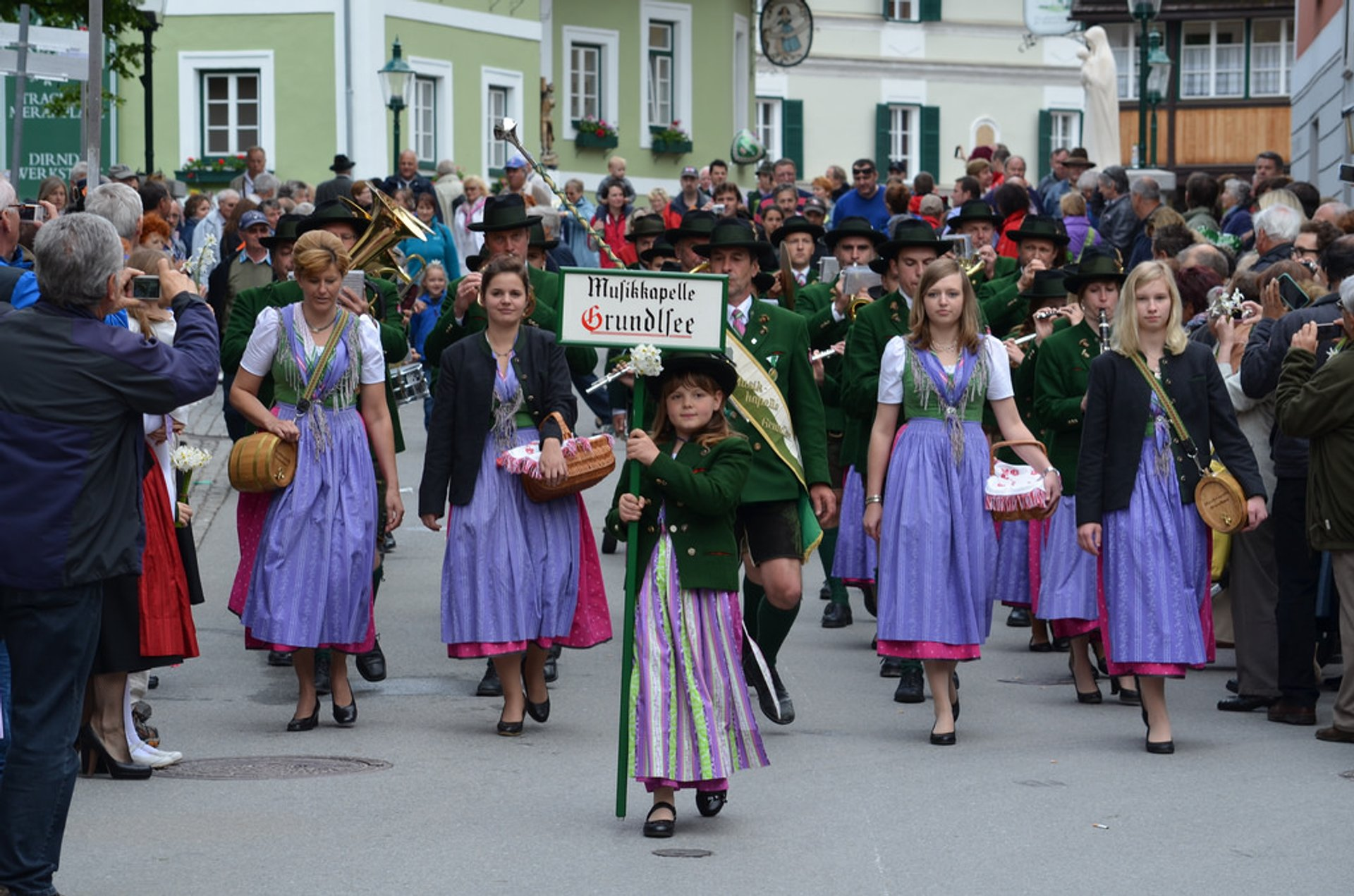 Best time to see The Narzissenfest in Austria 2019
