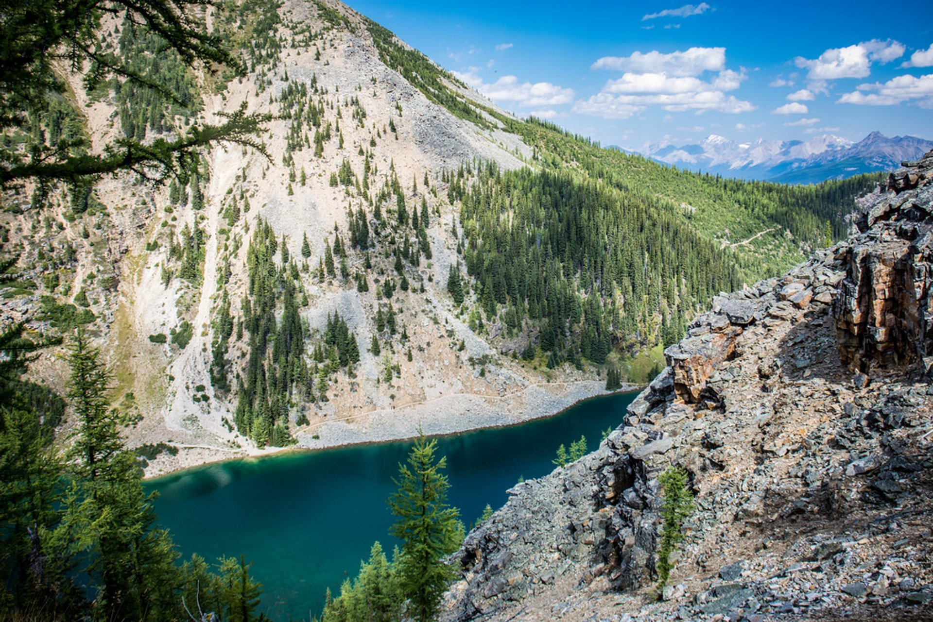 View of Lake Agnes from the Big Beehive hike 2019