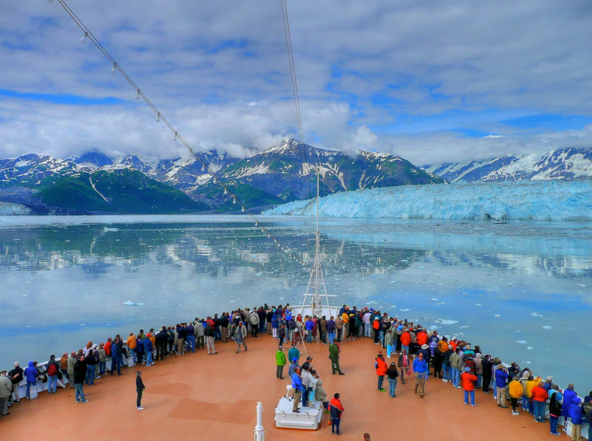 Active Glaciers Cruise in Alaska 2019 - Best Time