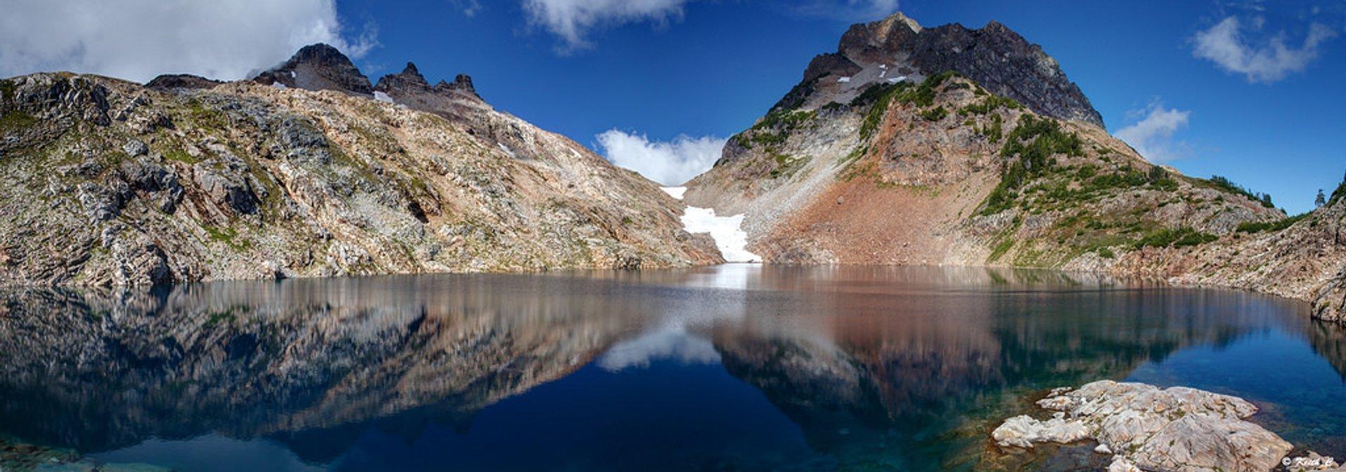 Foggy Lake panorama 2020