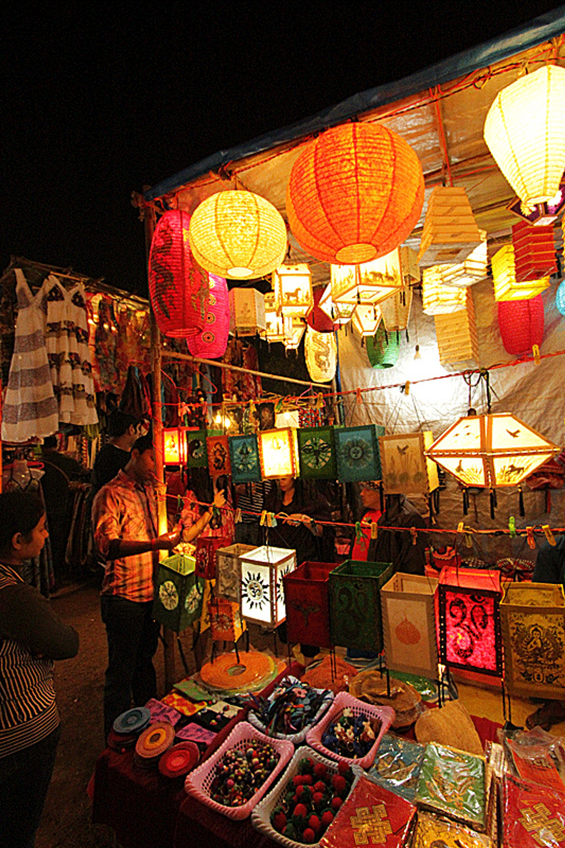 Best time for Saturday Night Market in Arpora in Goa
