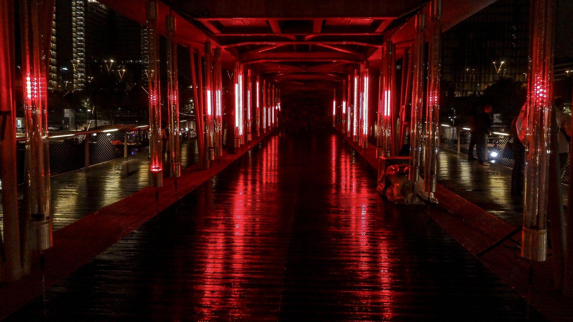 Nuit Blanche at the Passerelle Simone de Beauvoir 2020