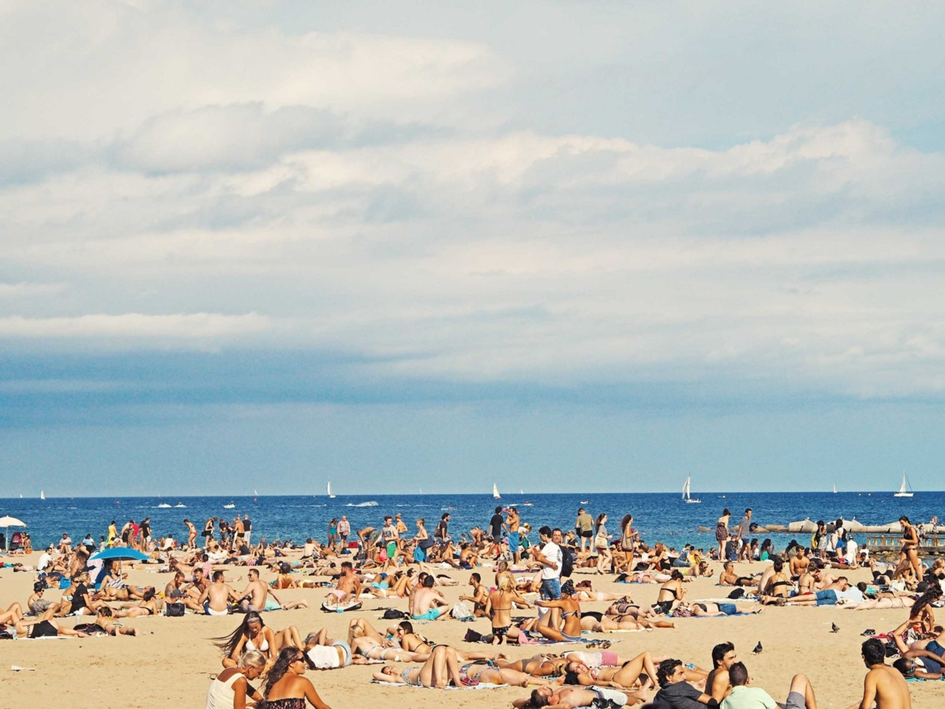 Beach Season in Barcelona - Best Time