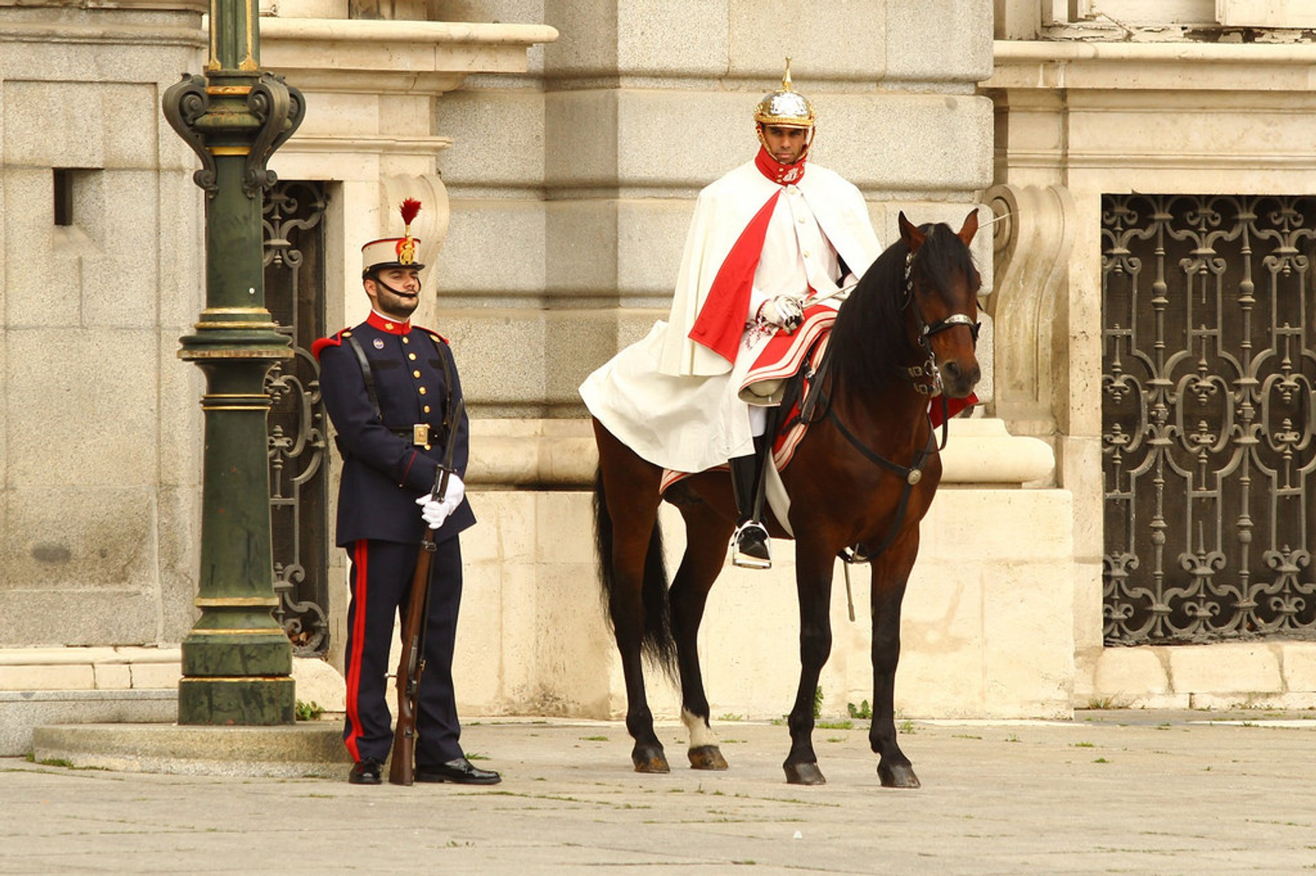 Best time for Solemn Changing of the Guard at the Royal Palace in Madrid 2020