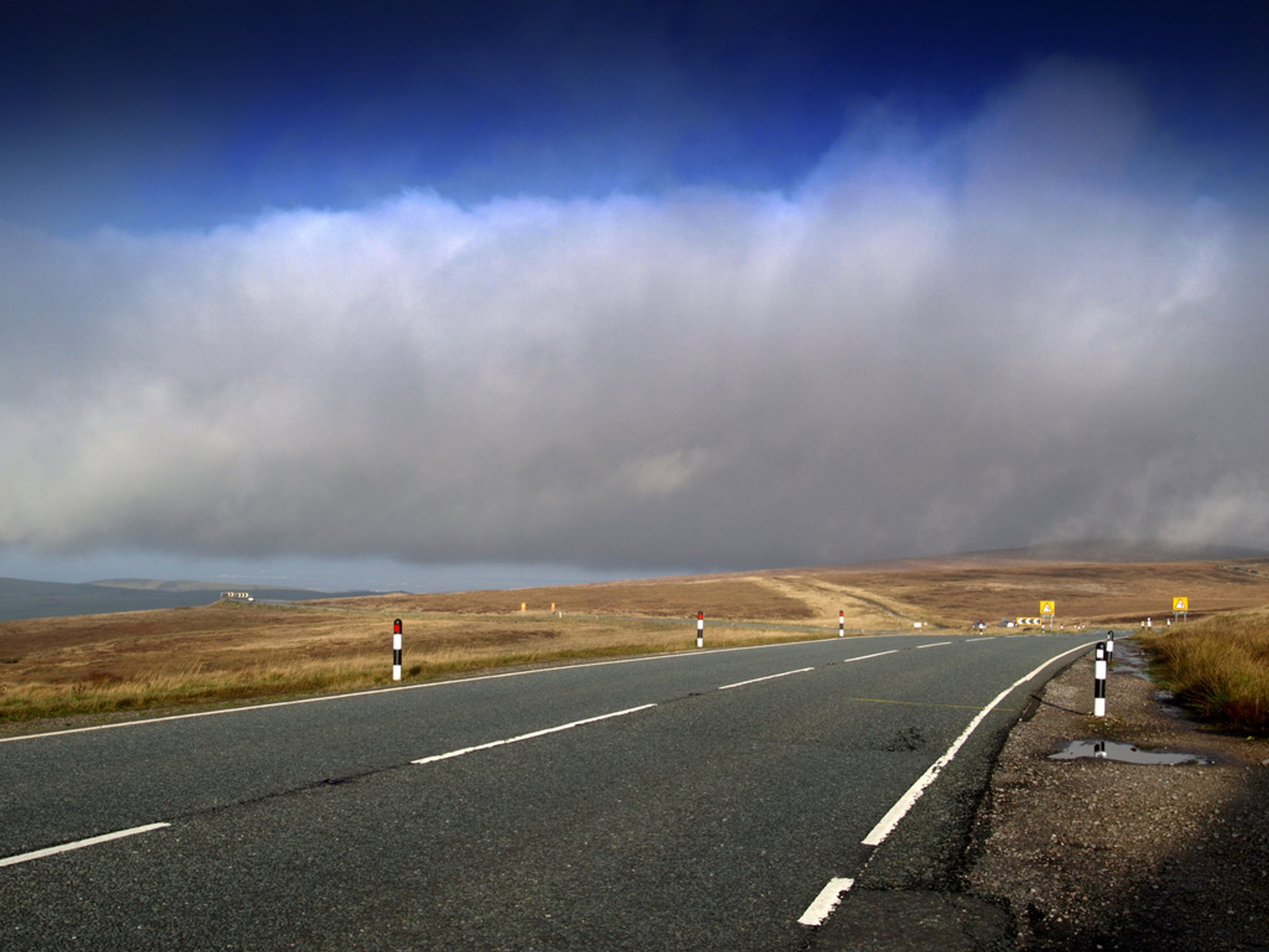 Cat and Fiddle Road in England 2019 - Best Time
