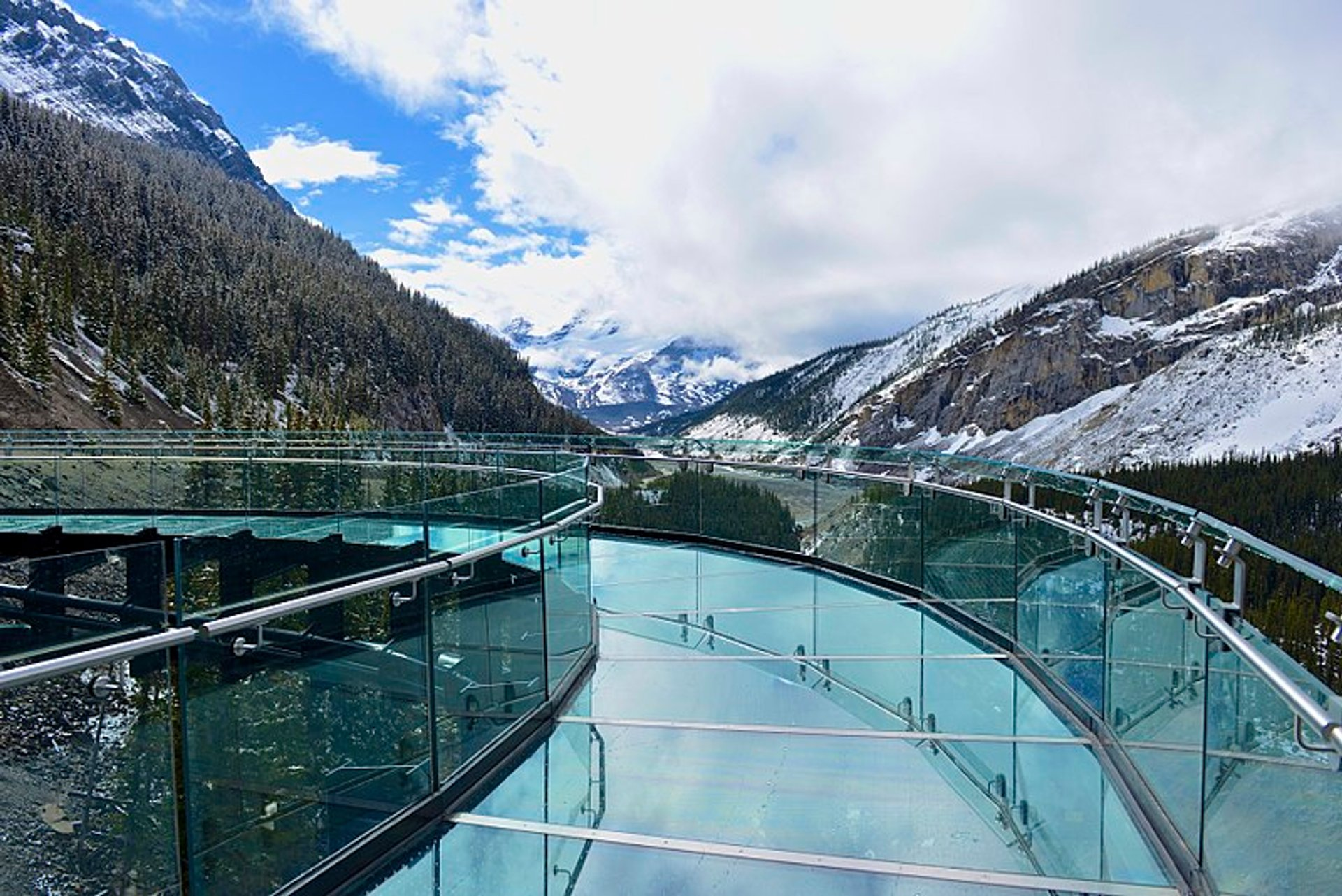 Glacier Skywalk in Banff & Jasper National Parks 2020 - Best Time