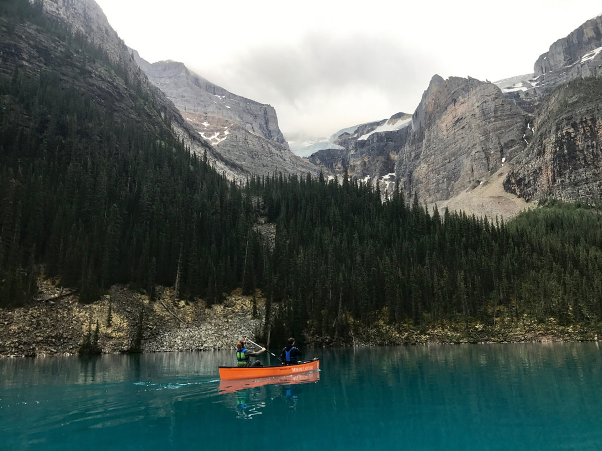 Best time for Moraine Lake in Banff & Jasper National Parks 2019