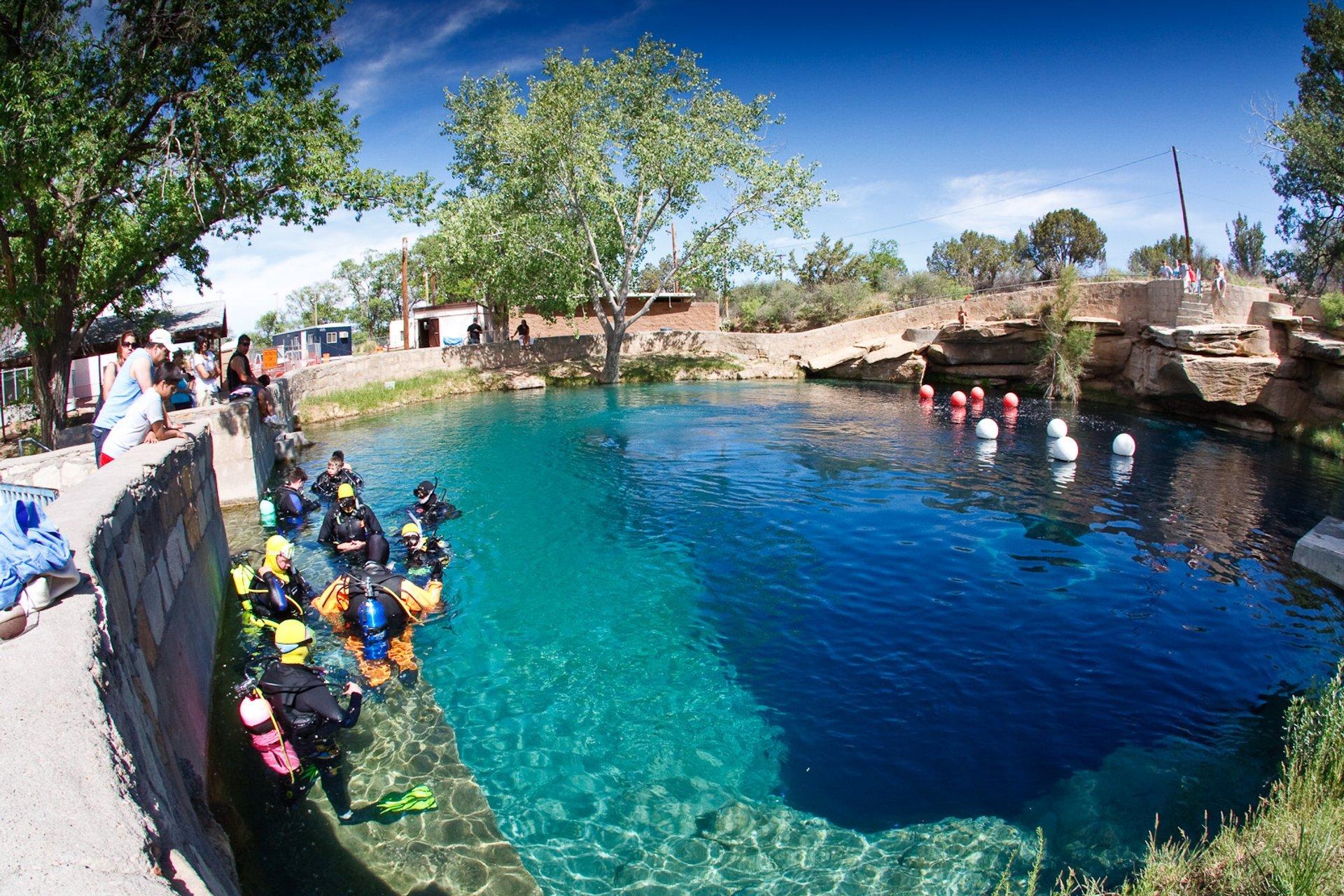 Santa Rosa Blue Hole in New Mexico - Best Season 2020