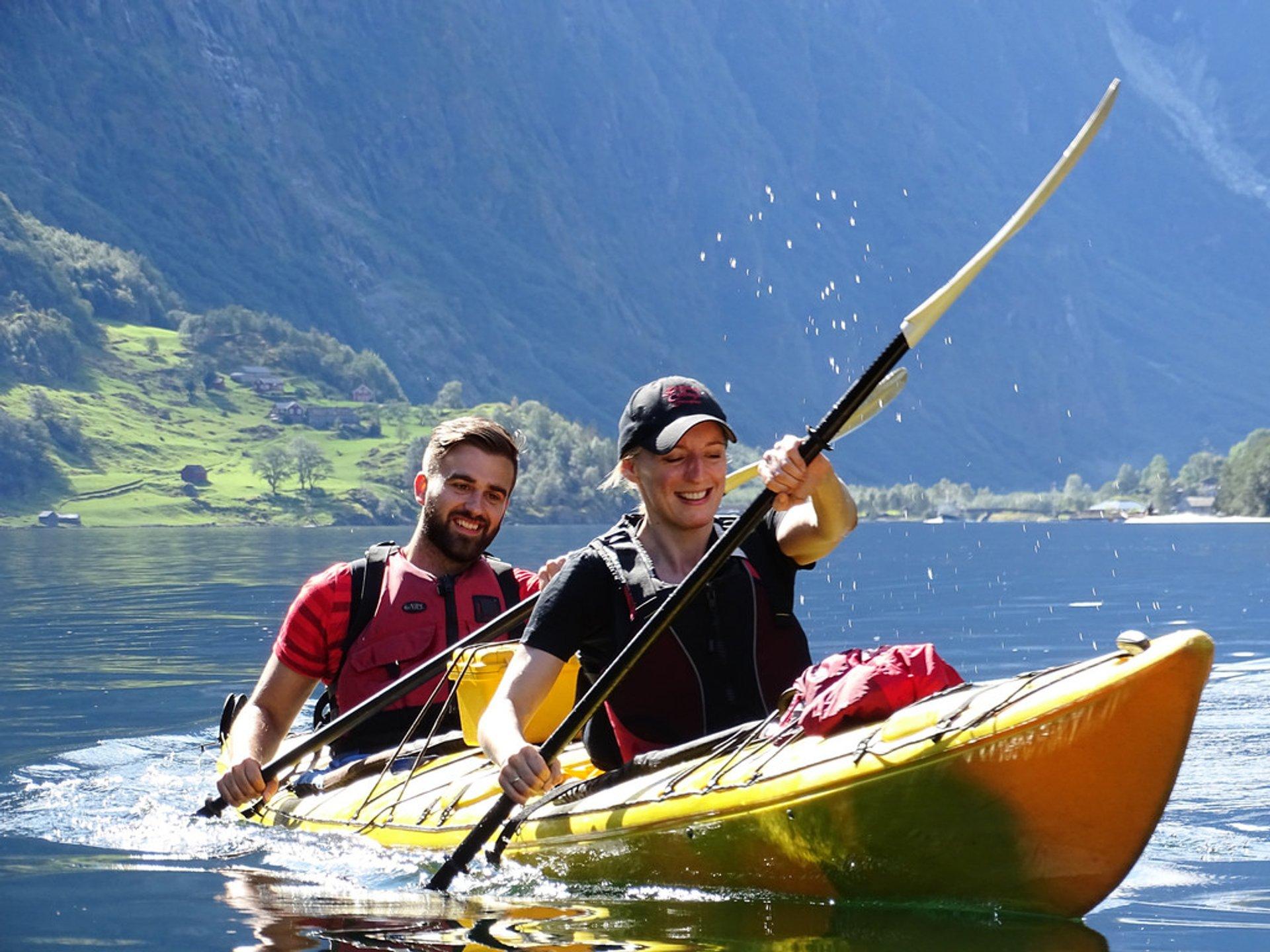 Glacier Lake Kayaking in Norway - Best Season 2020