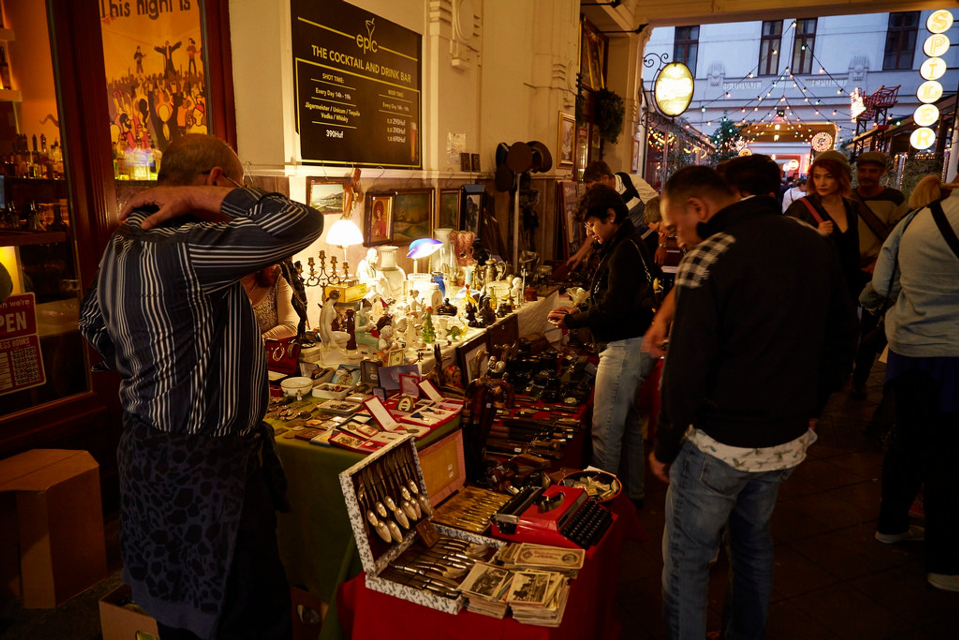 Best time to see Flea Markets in Hungary 2019