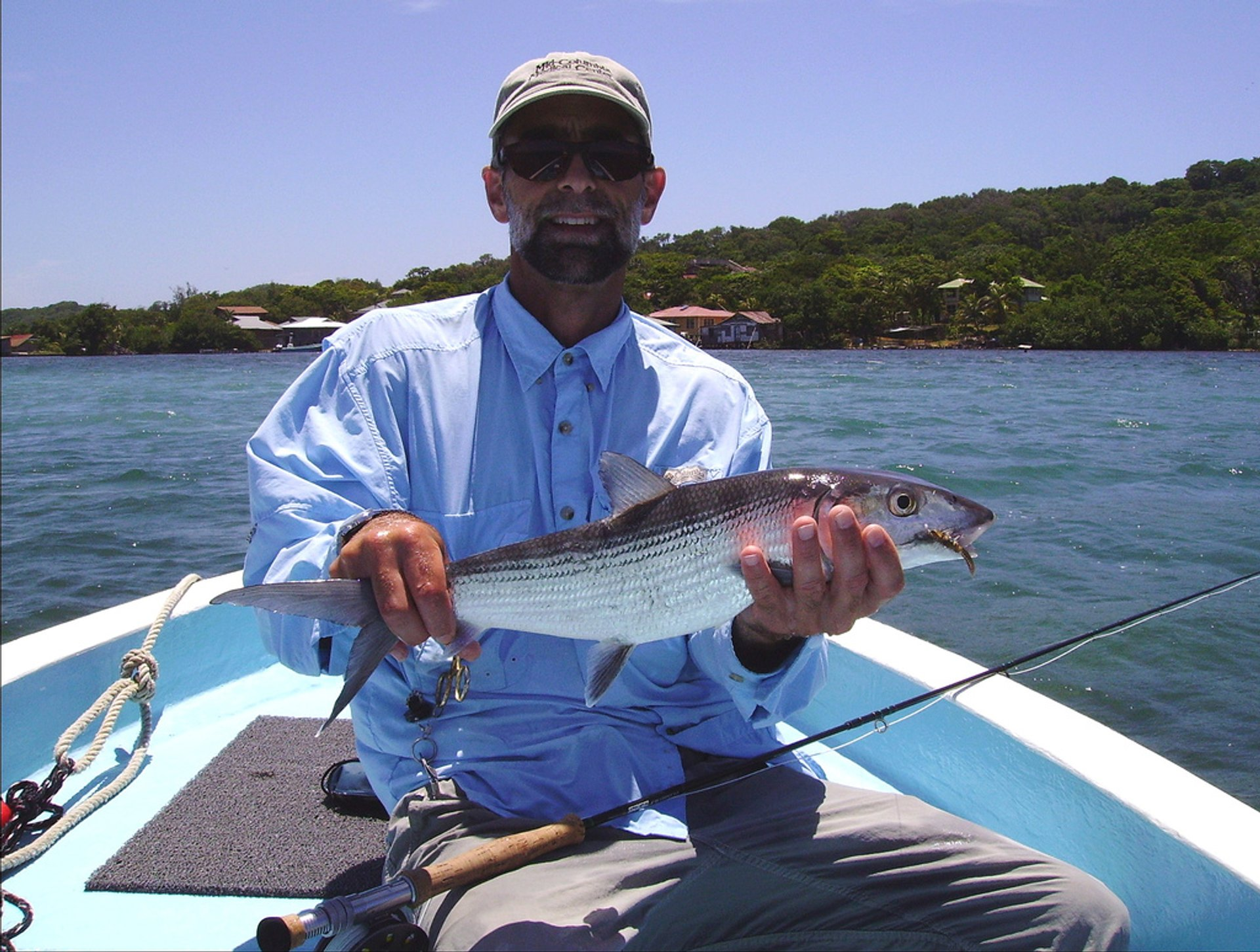 Caught a bonefish, Mango Creek Lodge, Roatán 2020