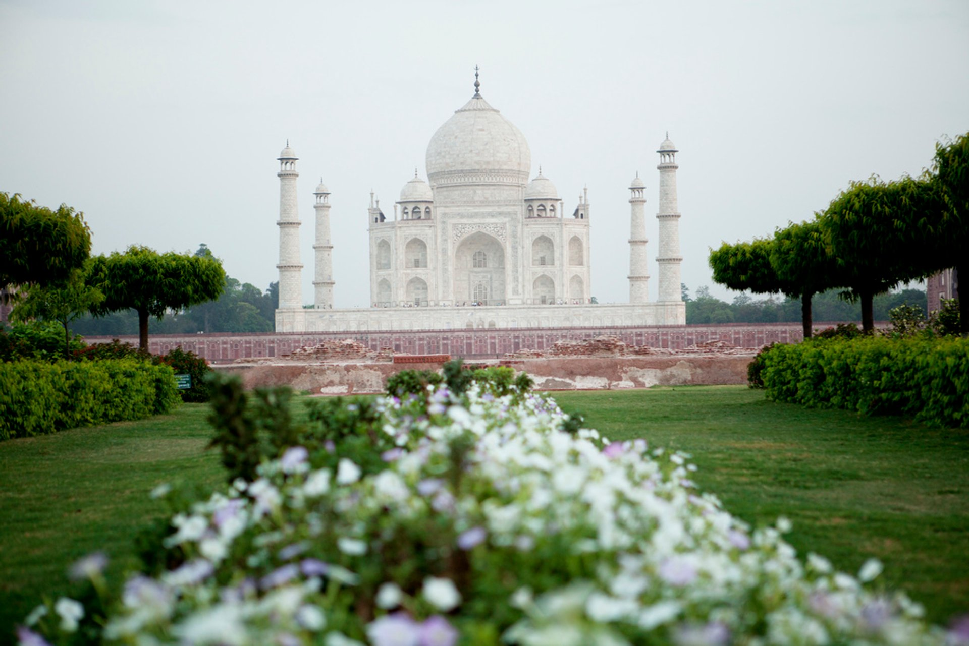 Gardens of Agra after the Monsoon in Taj Mahal and Agra  - Best Season 2020