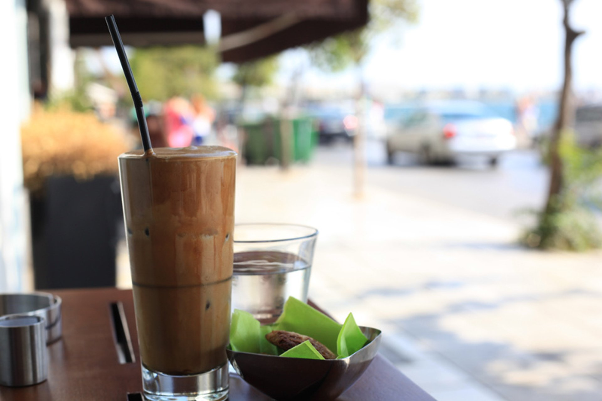 Summer Coffee (Frappe) in Greece 2019 - Best Time