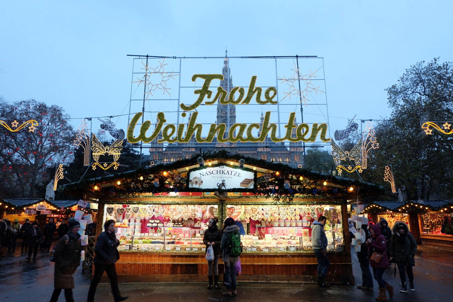 Best time for Christmas Markets (Weihnachtsmärkte) in Vienna 2020