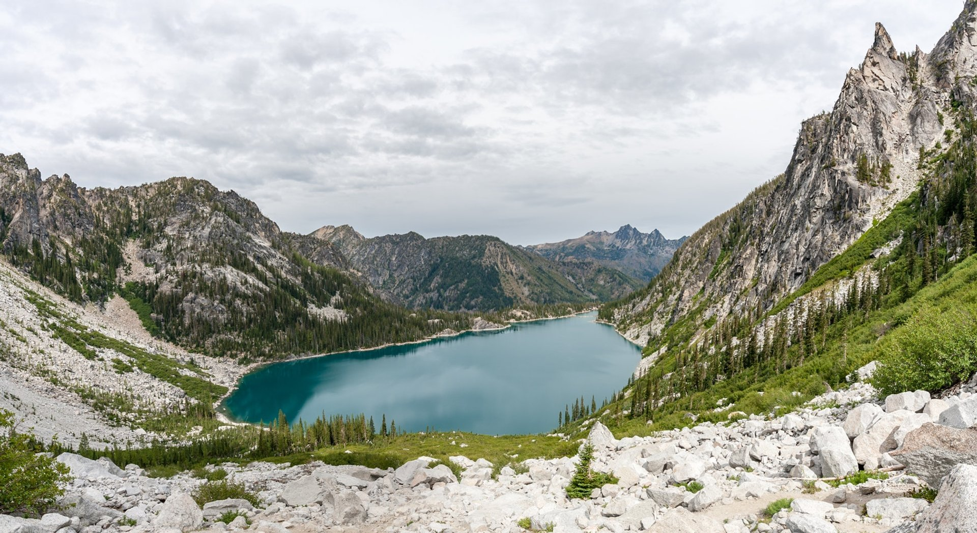 Best time for Colchuck Lake in Seattle 2020