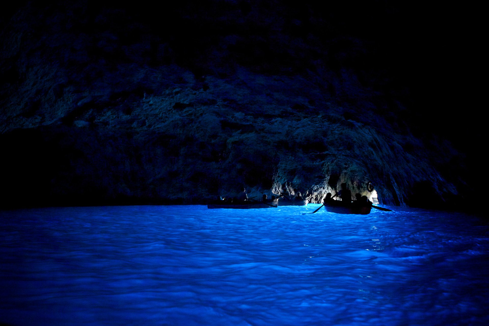 Blue Grotto (Grotta Azzurra), Capri in Italy 2019 - Best Time