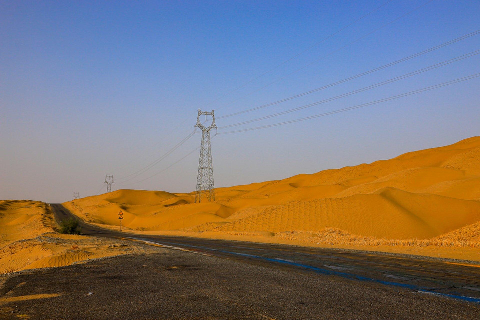 Tarim Desert Highway in China - Best Season 2019
