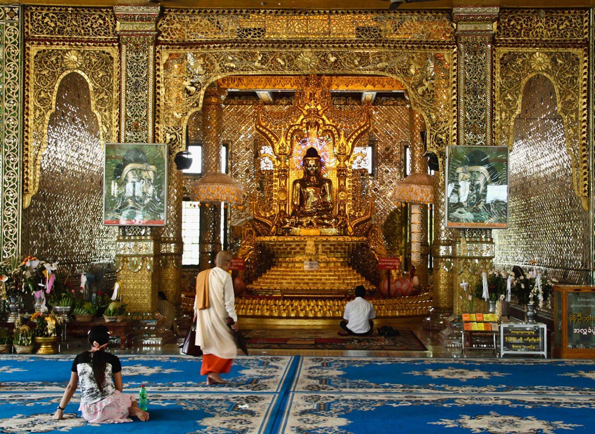 Buddha image in Botataung paya 2020