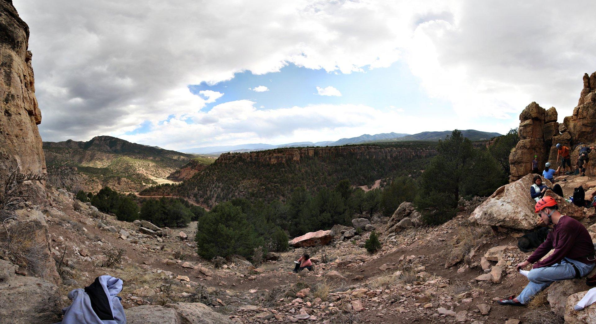 Best time for Shelf Road Rock Climbing 2020