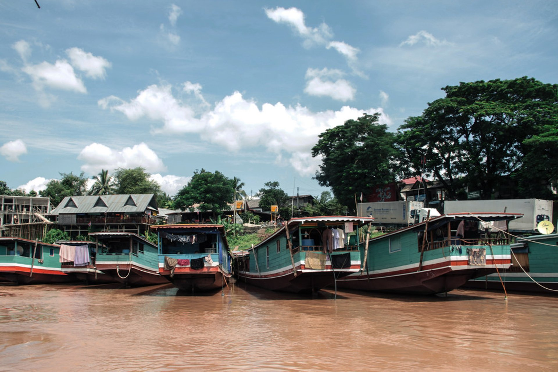 Best time for Slow Boat on the Mekong River in Laos 2019
