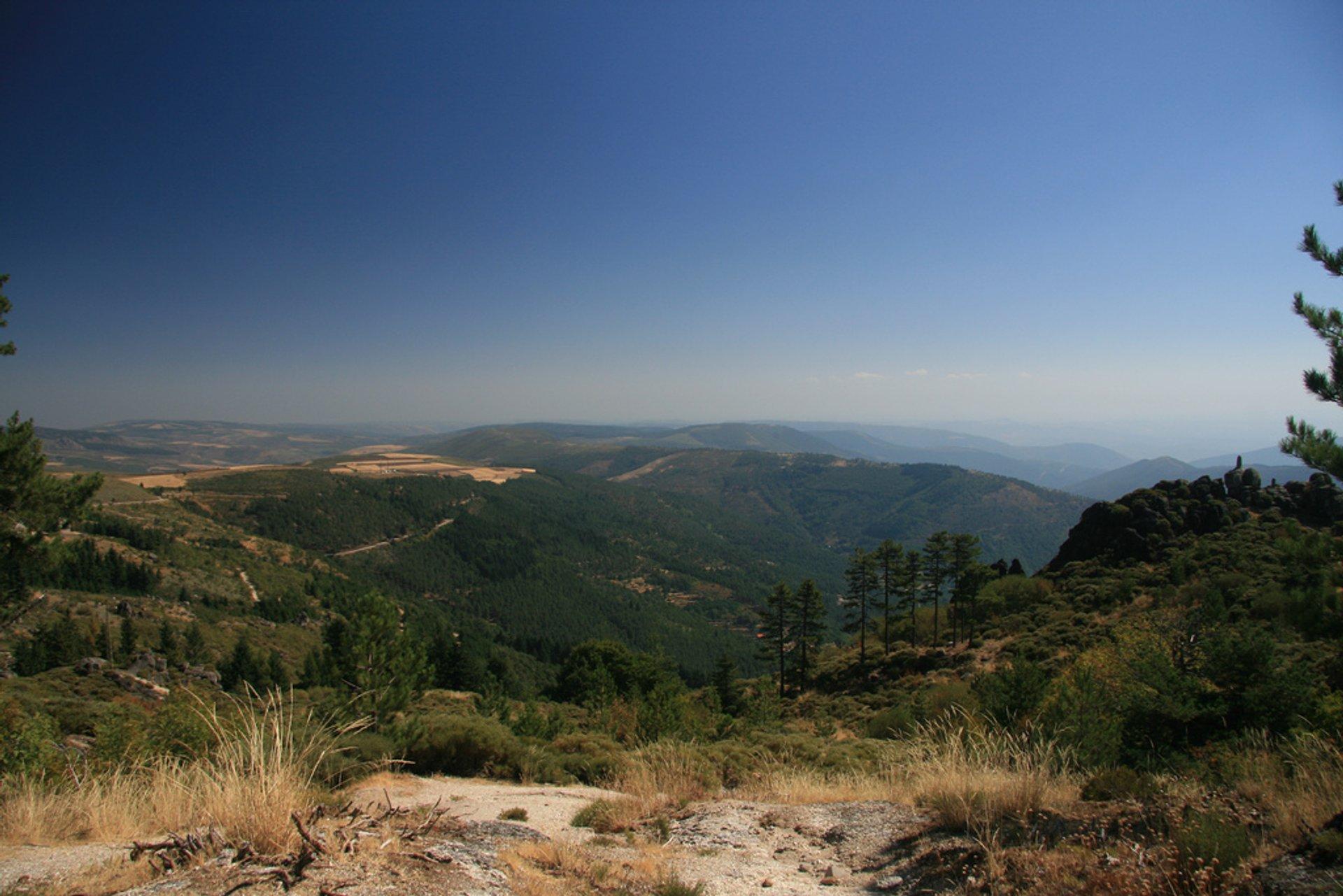 Best time to see Hiking in Parque Natural da Serra da Estrela in Portugal 2020
