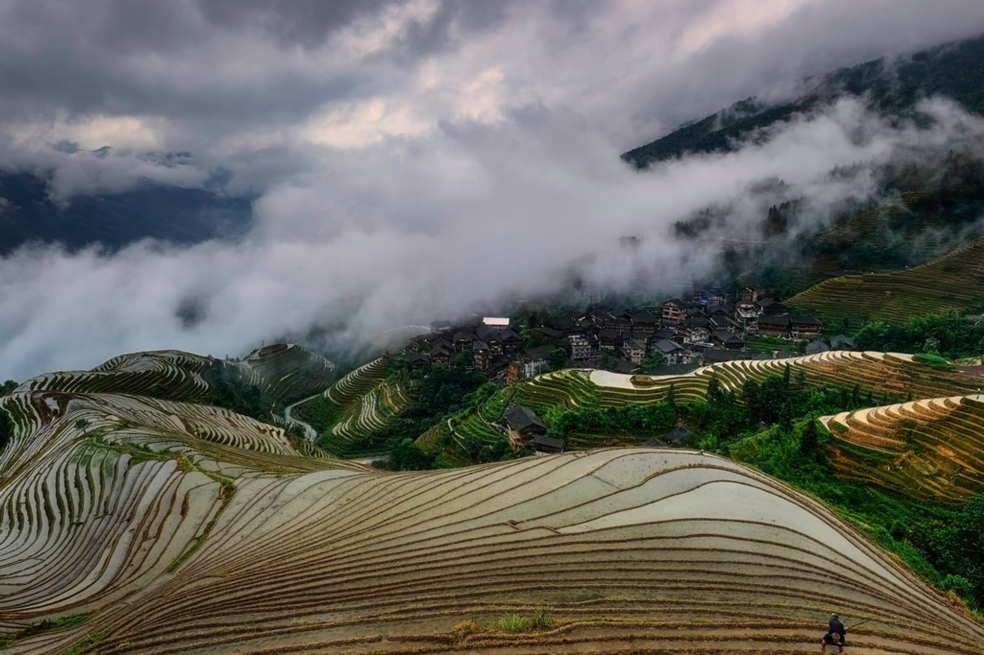 Longsheng (Longji) Rice Terraces in China - Best Season 2019