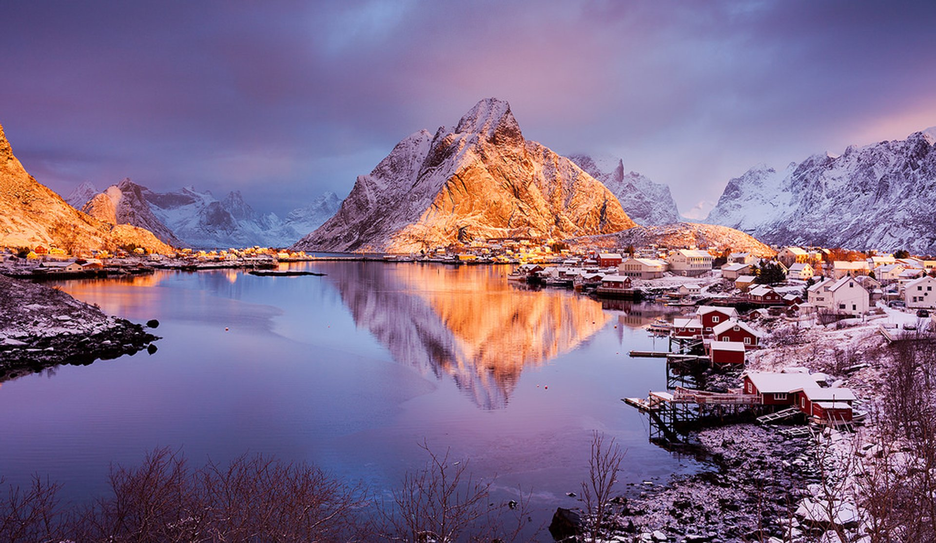 Blue Hours in Norway - Best Season 2020