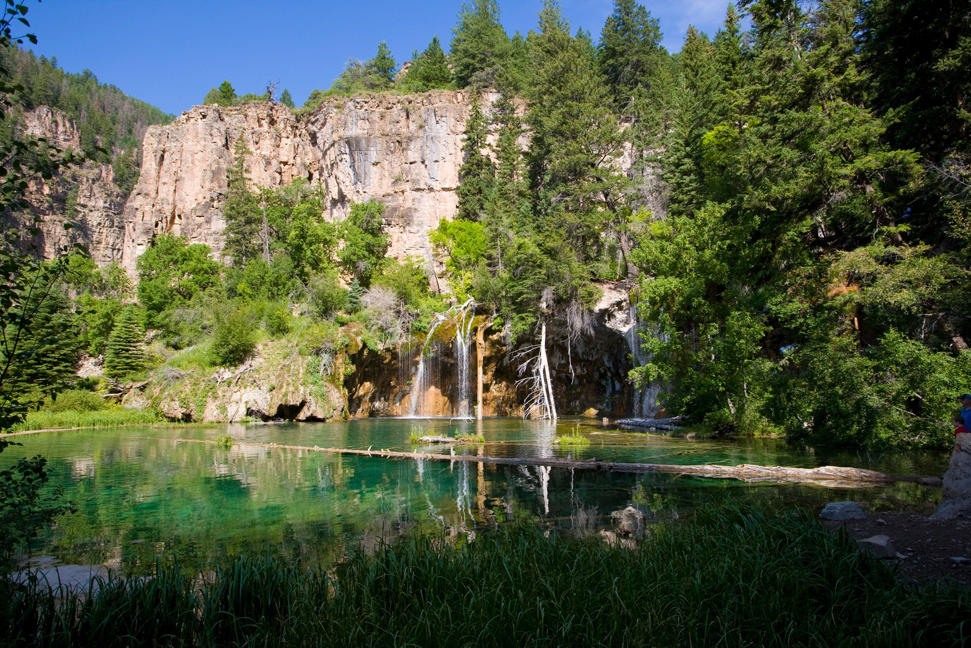 Hanging Lake Trail (Glenwood Springs) in Colorado - Best Season 2020