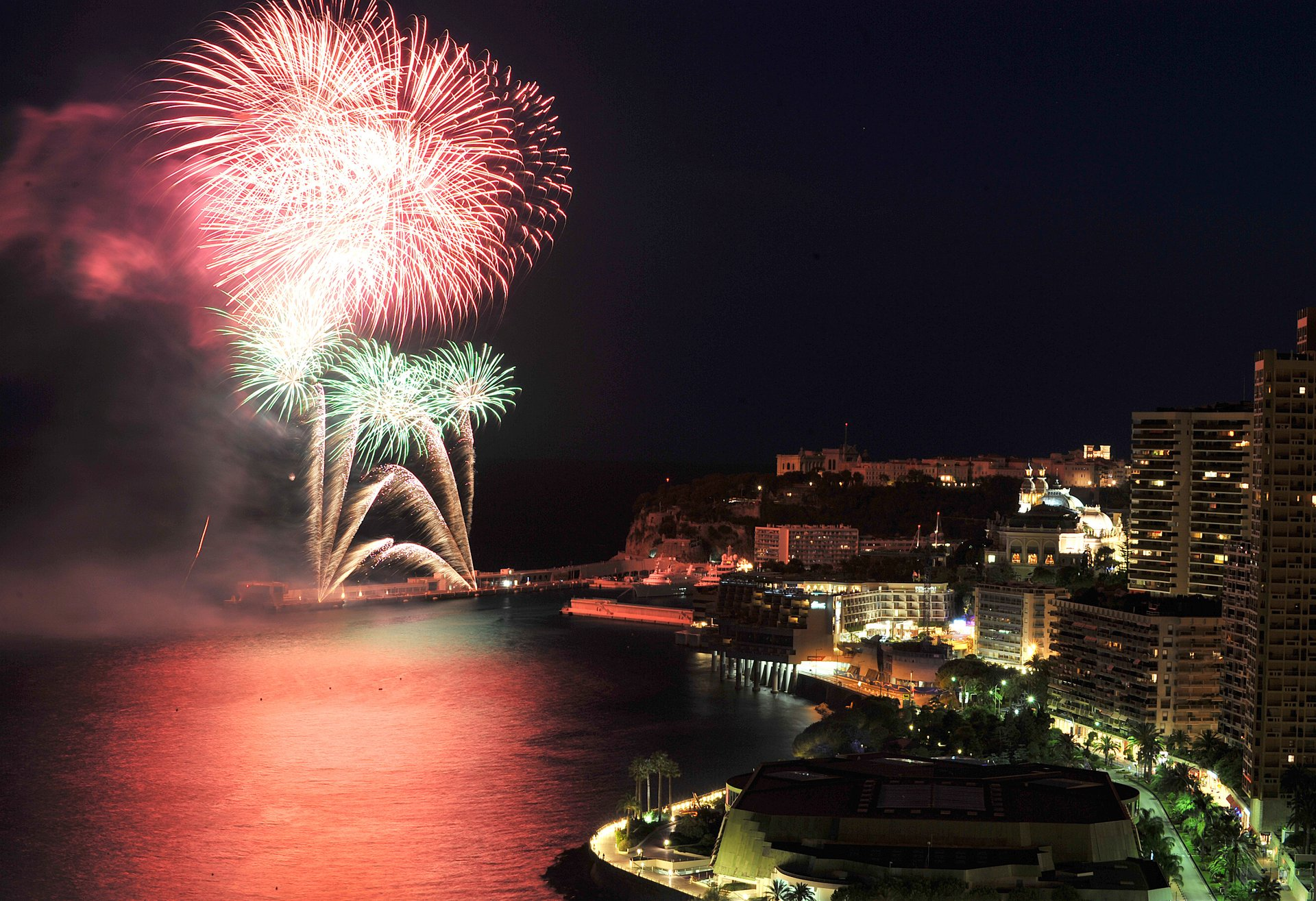 Art en Ciel: International Fireworks Competition in Monaco 2020 - Best Time