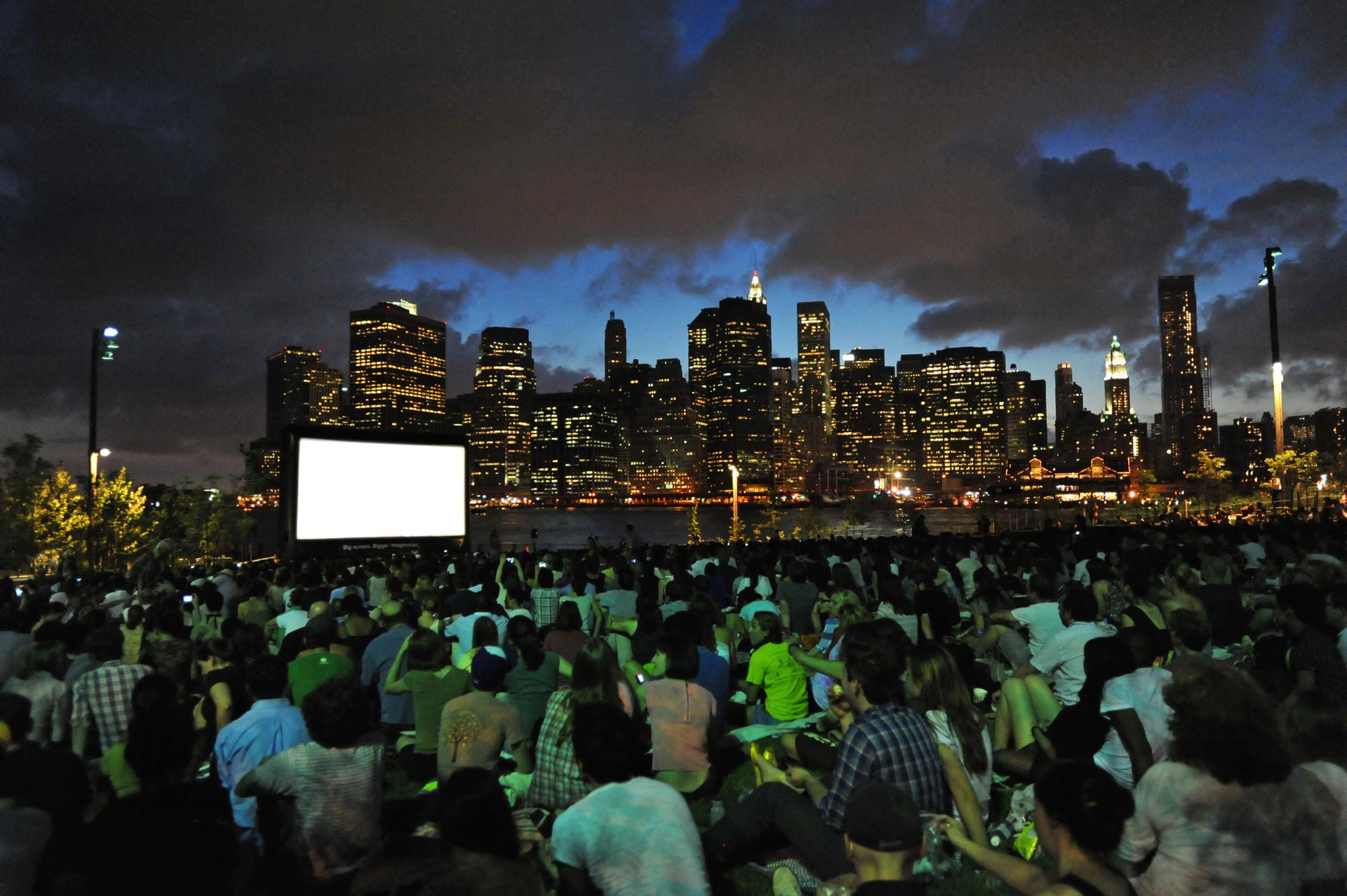 Open-Air Movie Nights in New York 2020 - Best Time