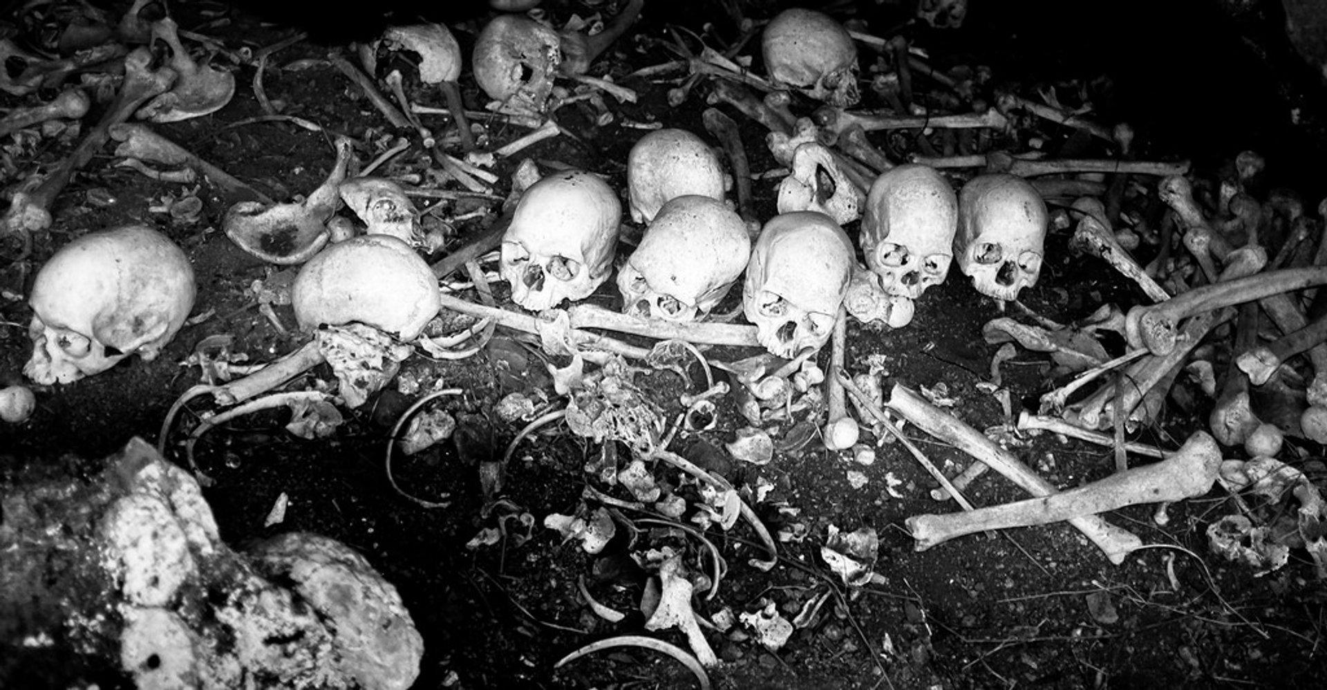 Naihehe Cannibal Cave in Fiji 2019 - Best Time
