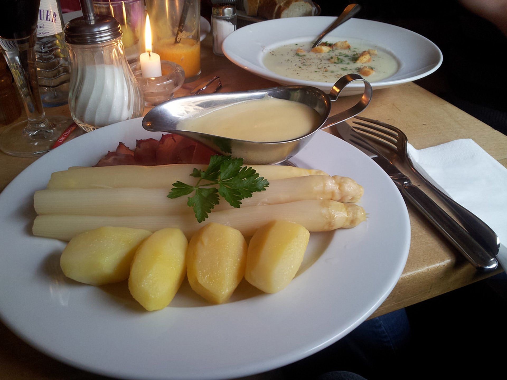 Another traditional method of serving white asparagus during the season in Berlin, with ham and hollandaise sauce 2020