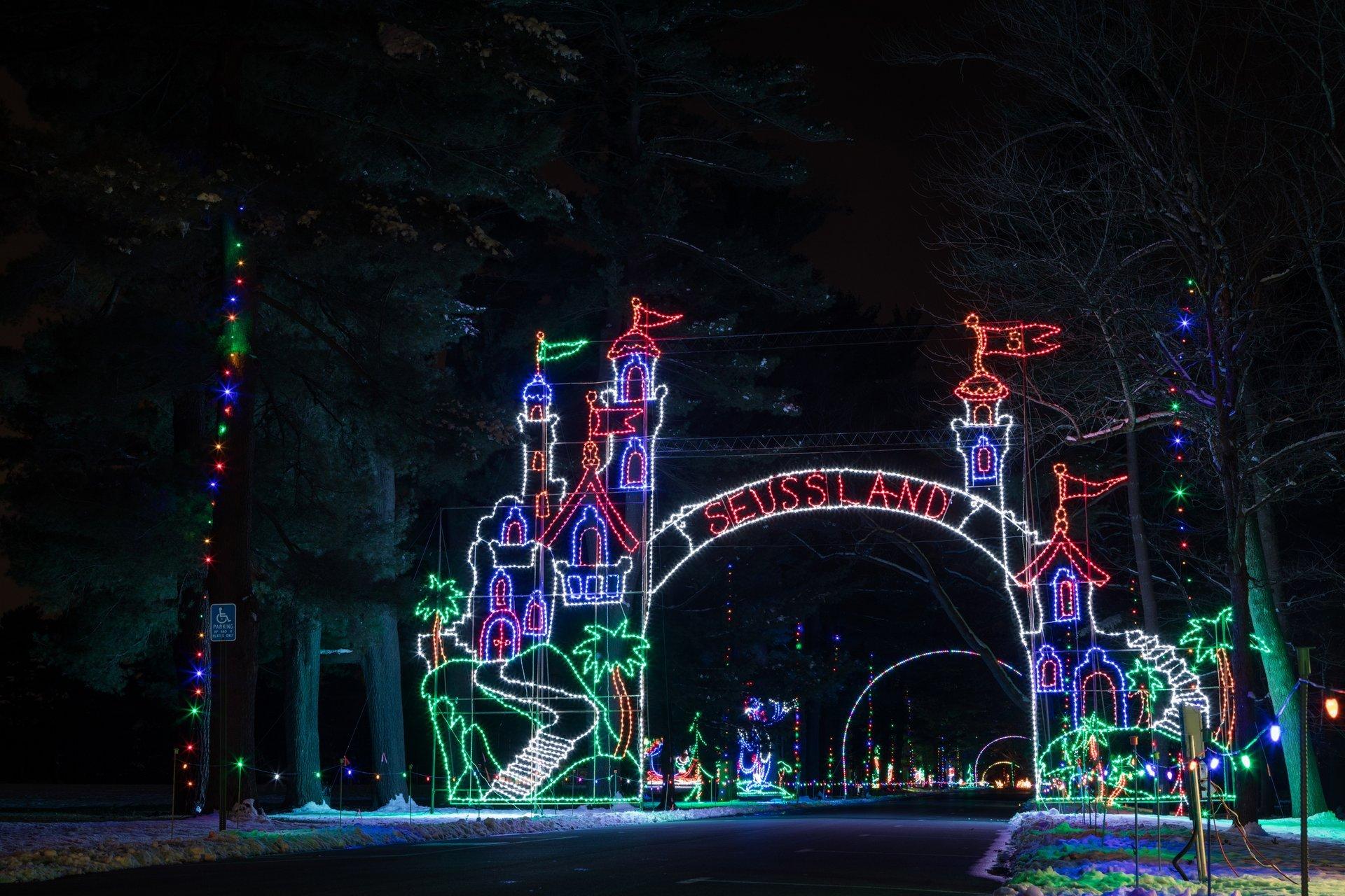 Christmas Lights in Massachusetts - Best Season 2020