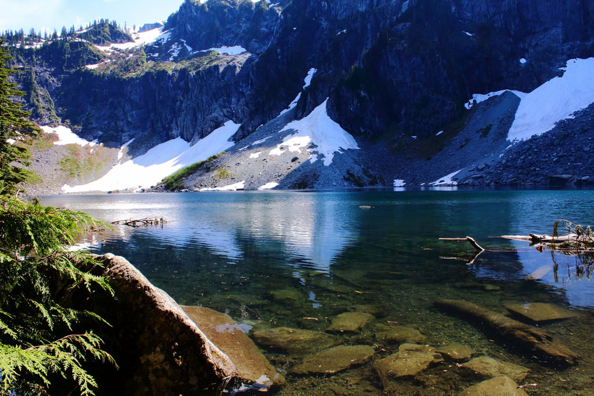 Best time for Lake Serene & Bridal Veil Falls 2019