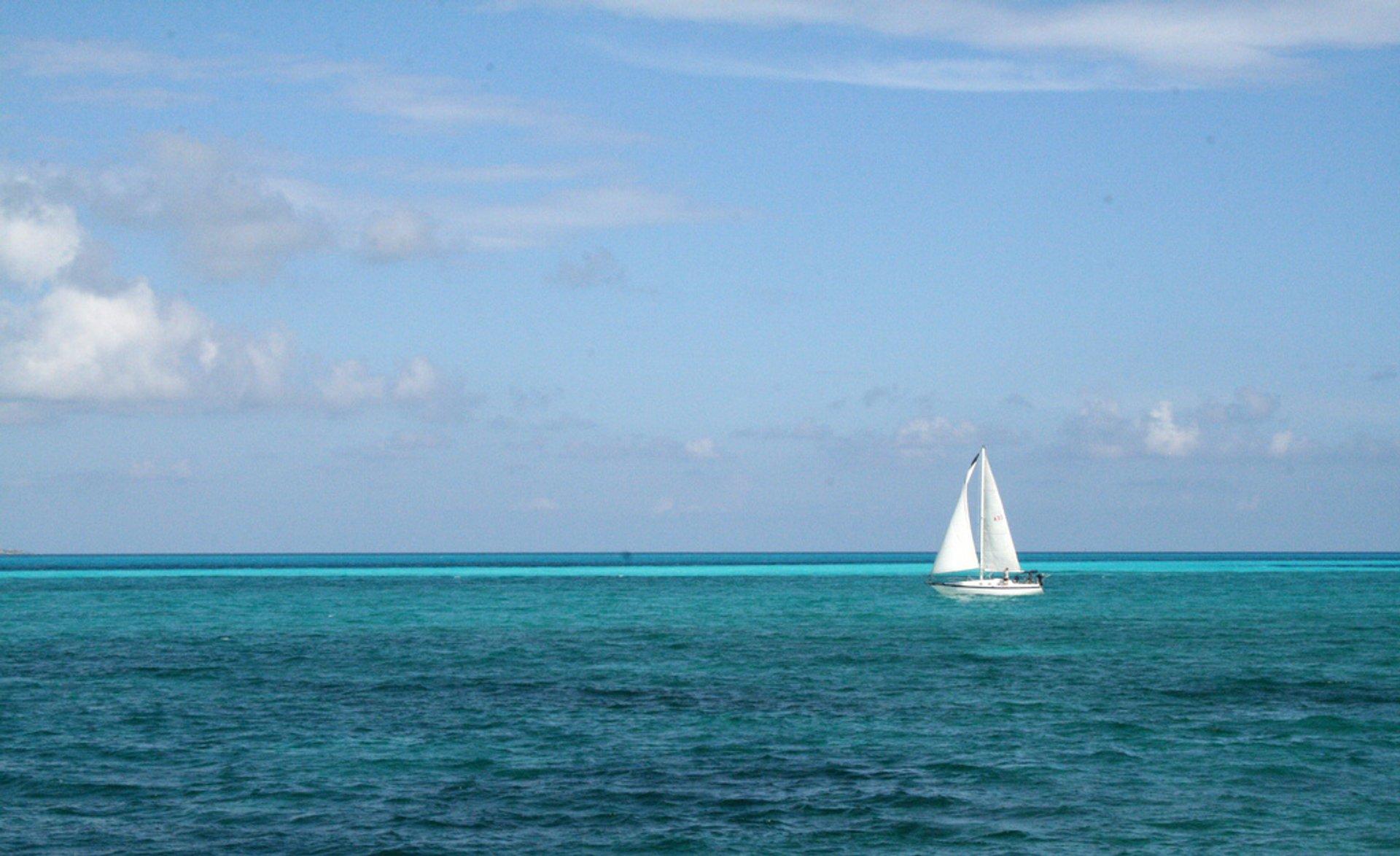 Sailing in Cancun 2020 - Best Time